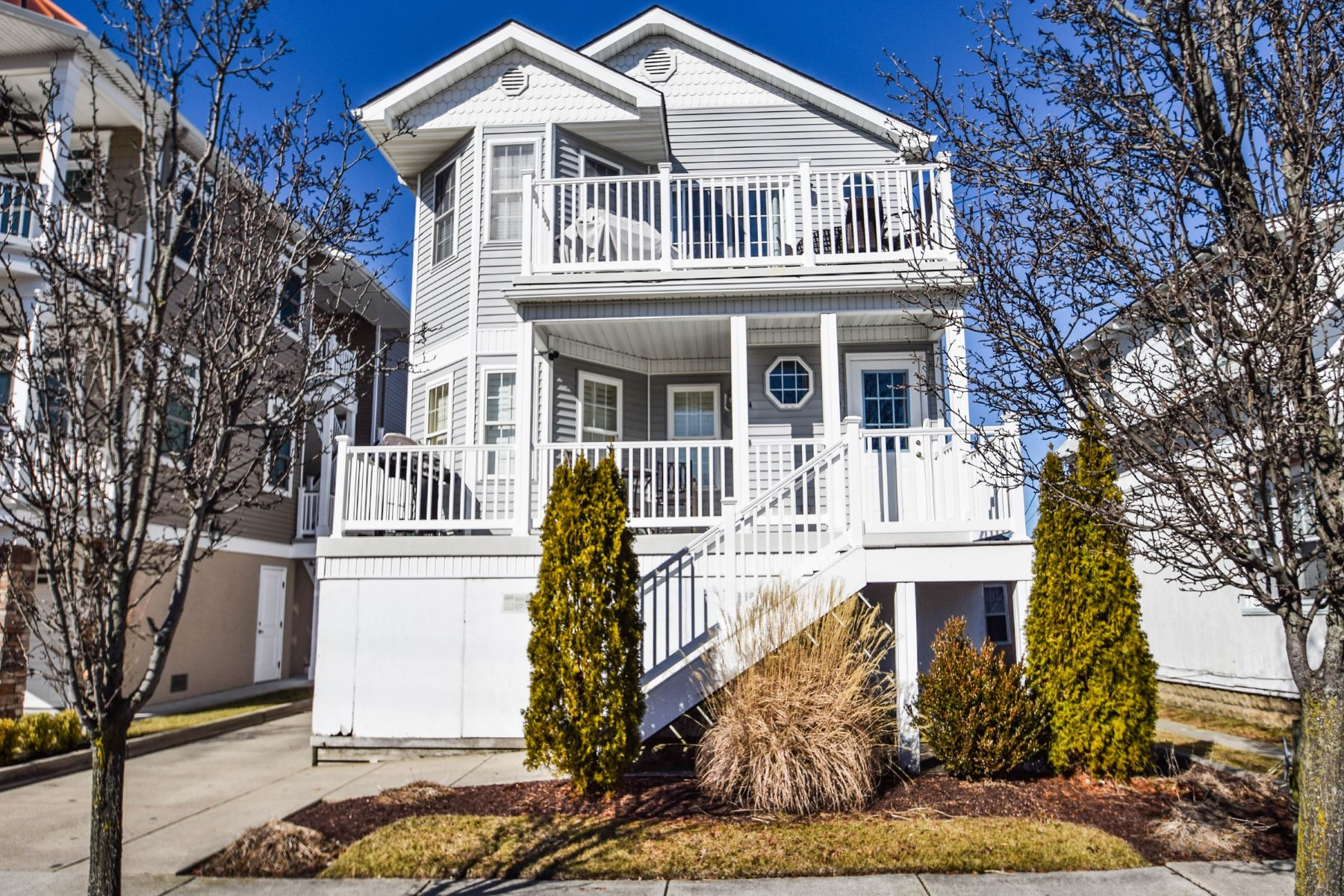 Condominium for Rent at 9311 Monmouth Ave 9311 Monmouth Ave Split Season 1st Half, Margate, New Jersey 08402 United States