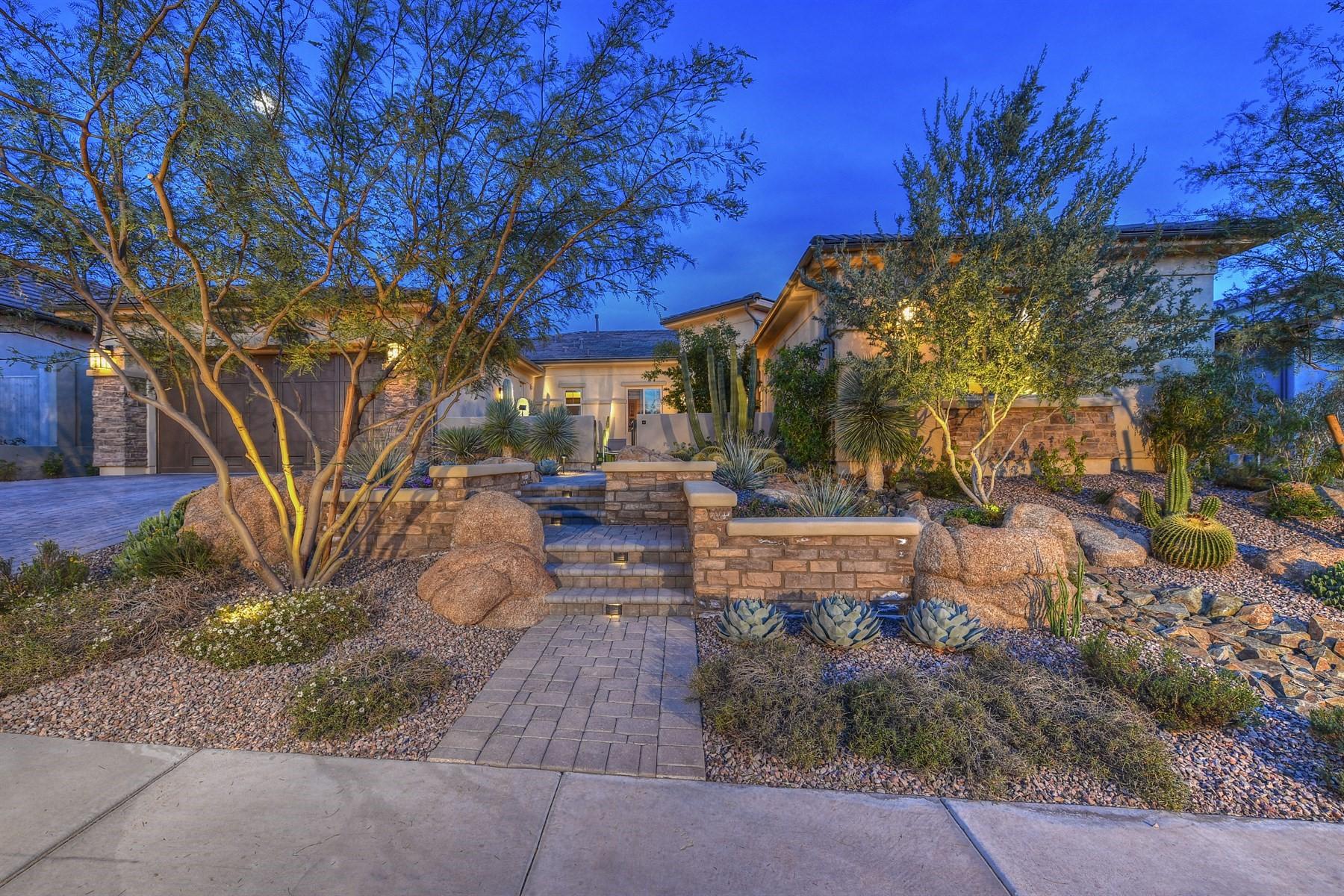 Maison unifamiliale pour l Vente à Beautiful contemporary home in the gated community of Bocara 24419 N 72nd Way Scottsdale, Arizona, 85255 États-Unis