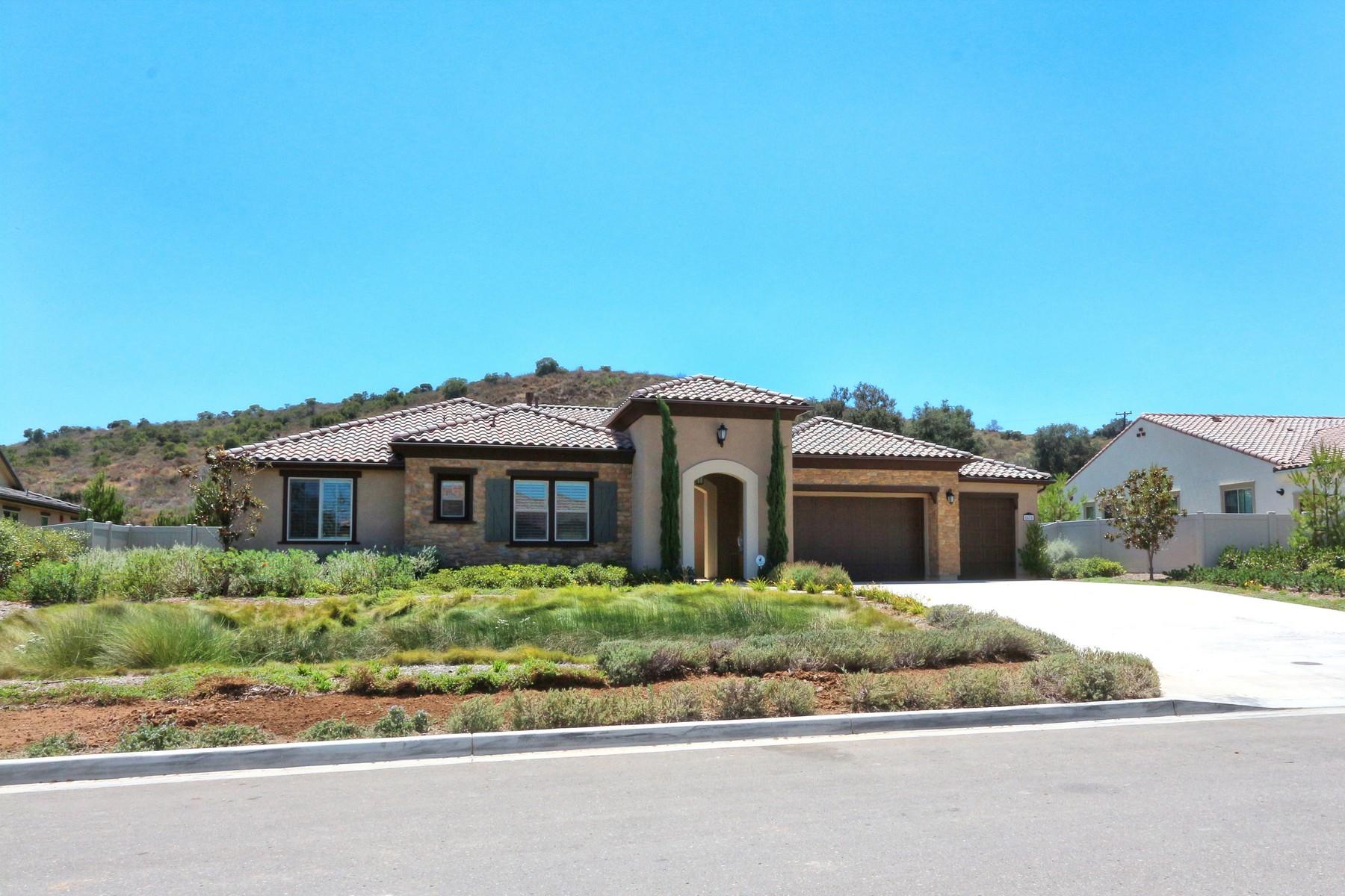 Maison unifamiliale pour l Vente à Olive Hill 5871 Rancho Del Caballo Bonsall, Californie 92003 États-Unis