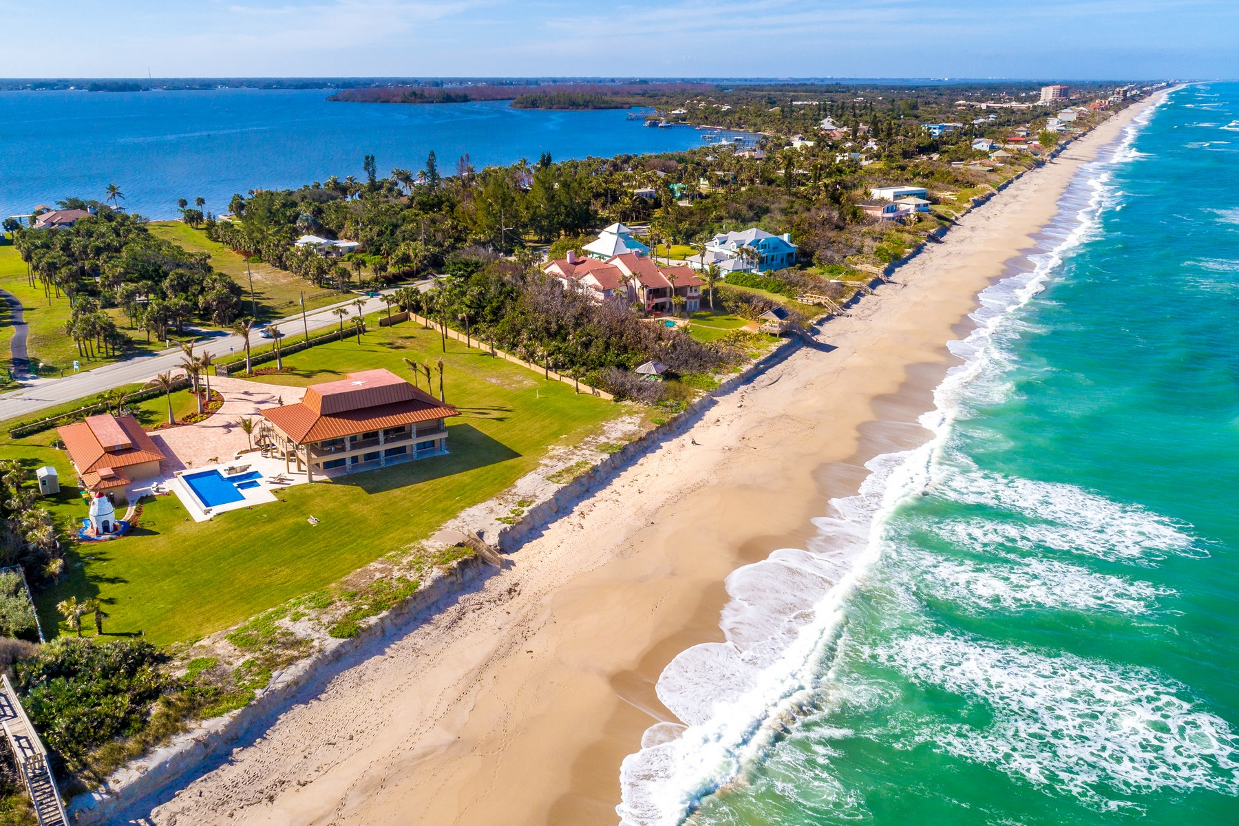 Additional photo for property listing at 8145 Highway A1A 8145 Highway A1A Melbourne Beach, Florida 32951 United States