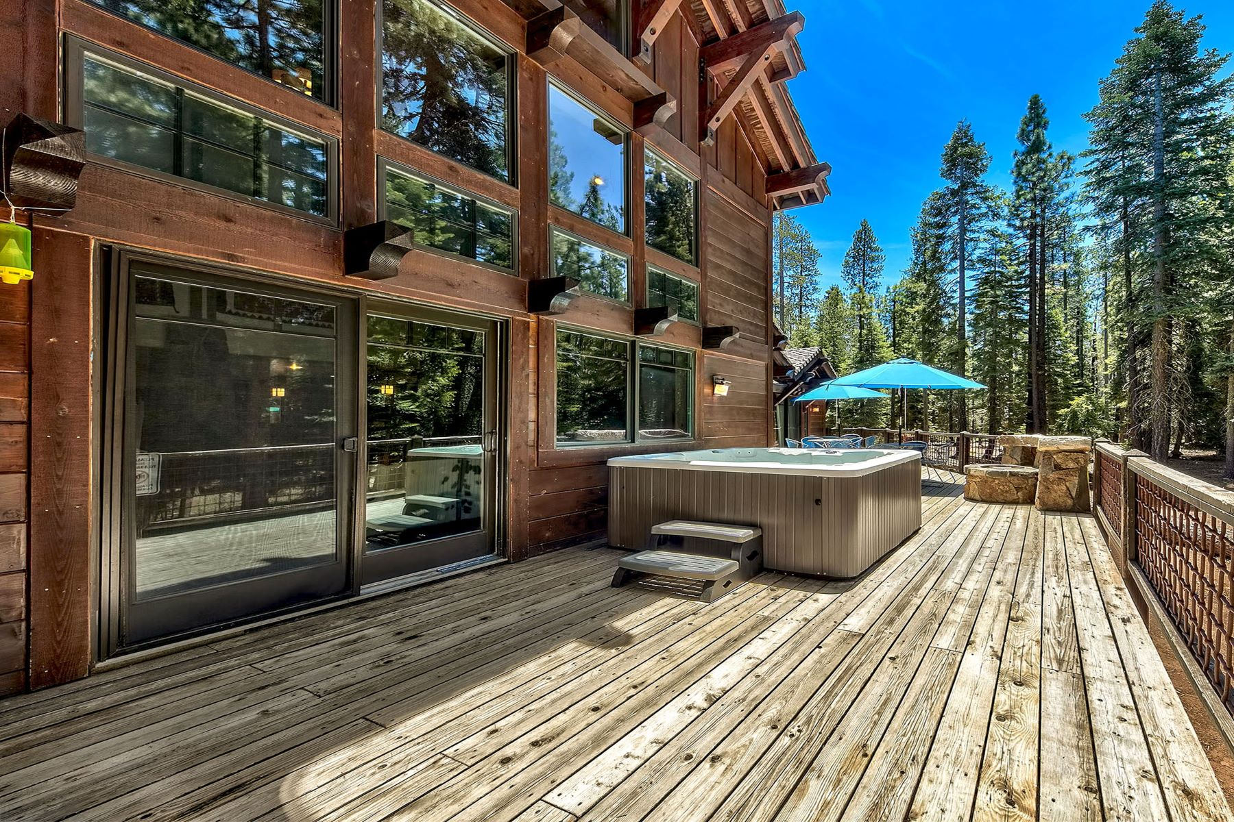 Additional photo for property listing at 4 Bed 3 Bath Home on 10.98 Acres 12115 Oslo Drive Truckee, California 96161 United States