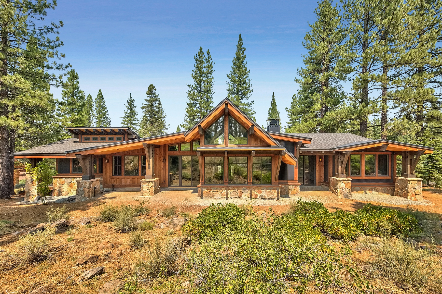 Single Family Home for Active at 13228 Snowshoe Thompson Circle, Truckee, California 96161 13228 Snowshoe Thompson Circle Truckee, California 96161 United States