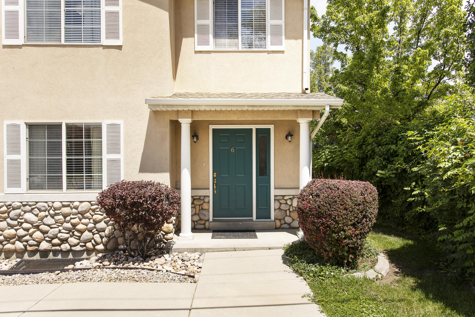 townhouses for Sale at Centerville Townhome in a Private and Convenient Location 386 West 400 North, #6 Bountiful, Utah 84010 United States