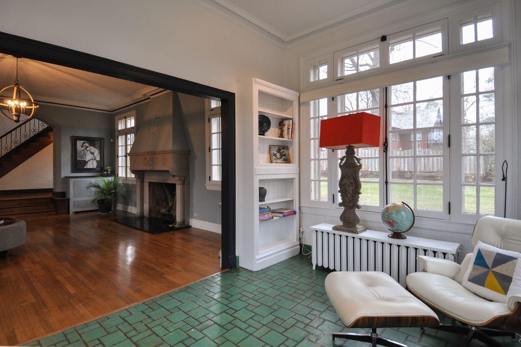 Additional photo for property listing at Italian Renaissance masterpiece 7201 Greenway Avenue University City, Missouri 63130 United States