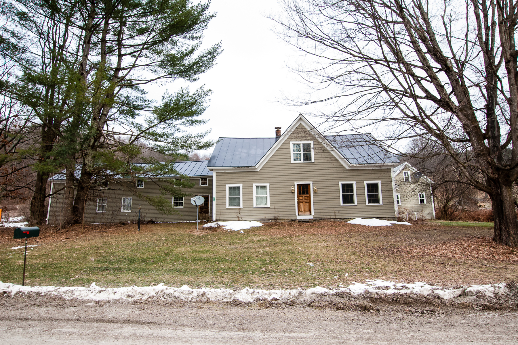 Single Family Home for Sale at 924 Frog Hollow Road, Hubbardton 924 Frog Hollow Rd Hubbardton, Vermont 05735 United States