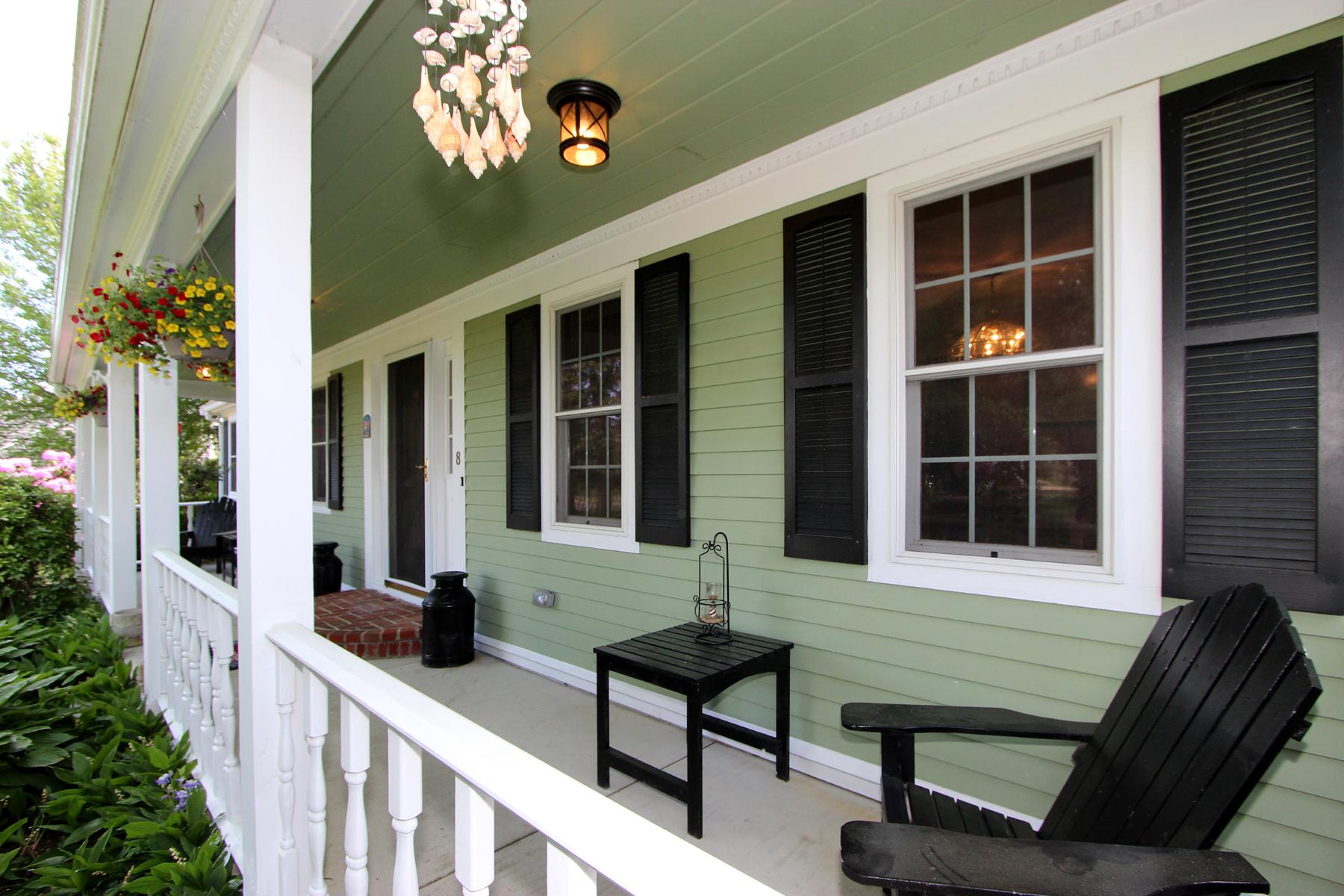Single Family Homes pour l Vente à 8 Knoll Top Rd Forestdale, Massachusetts 02644 États-Unis