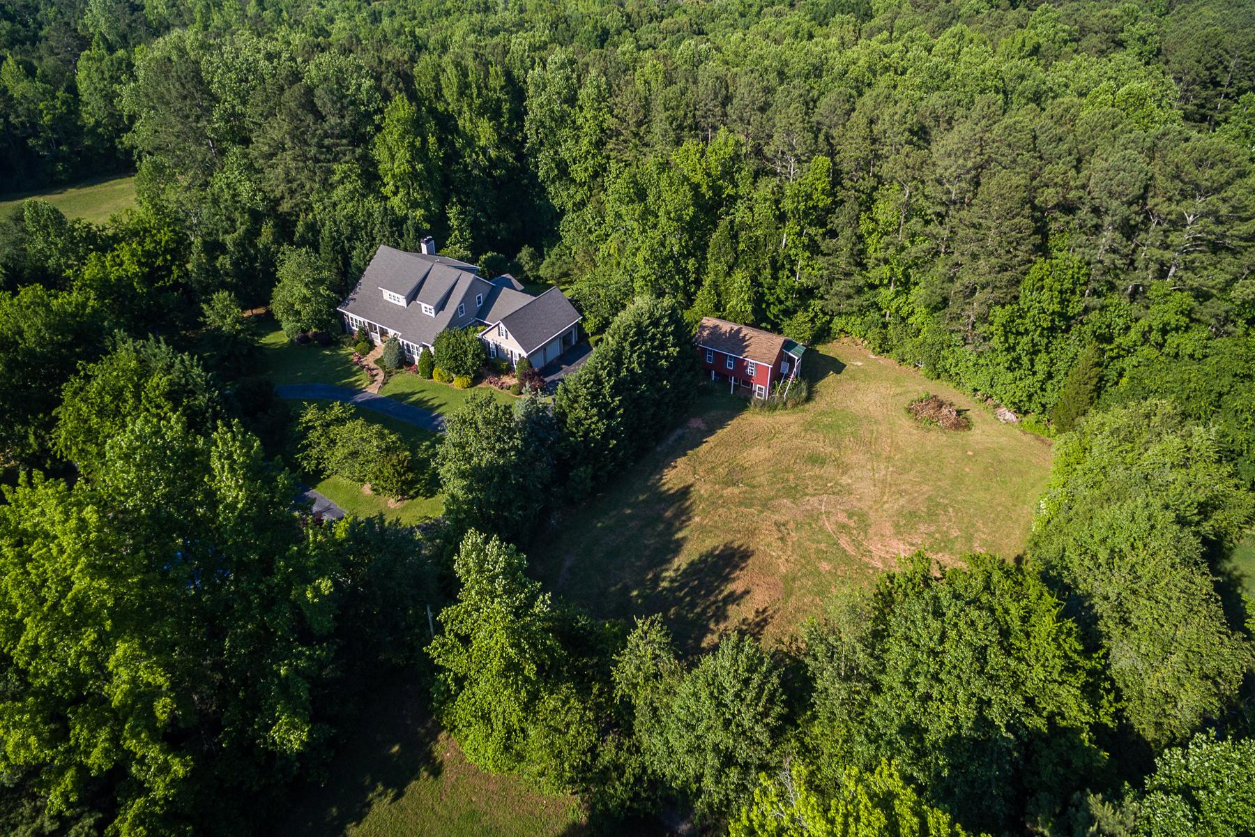 Vivienda unifamiliar por un Venta en Breathtaking Secluded Equestrian Country Estate in West Cobb 970 Hamilton Road NW Kennesaw, Georgia, 30152 Estados Unidos