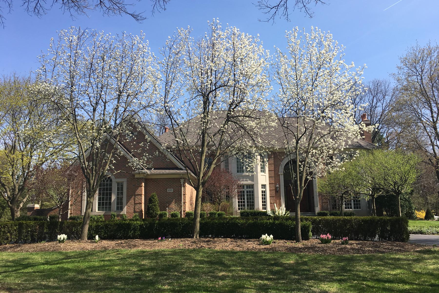 独户住宅 为 销售 在 Bloomfield 895 Harsdale Road, 布洛姆费尔德, 密歇根州, 48302 美国