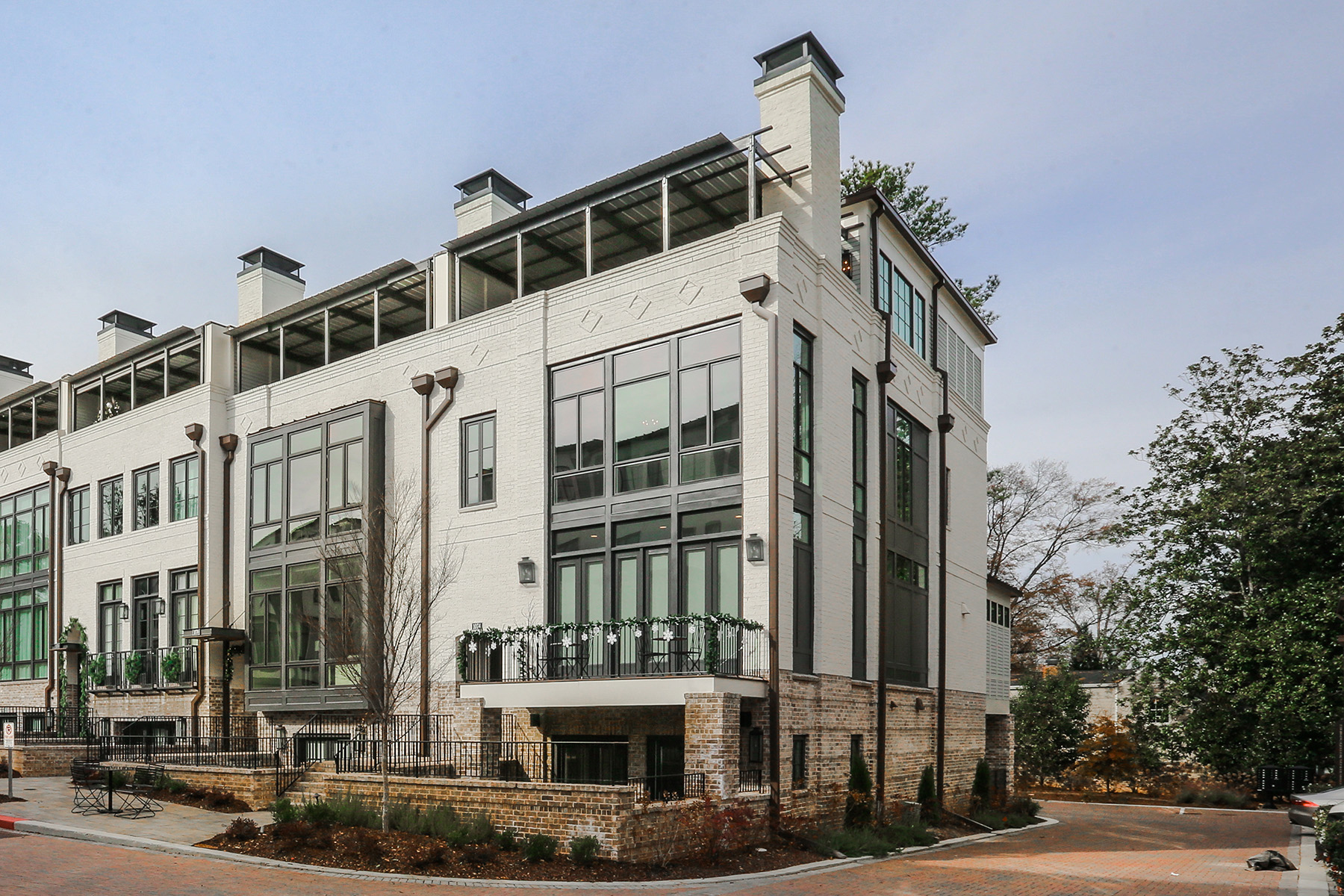 Townhouse for Sale at Sophisticated Historic Brookhaven Townhome 1074 Abington Court Brookhaven, Georgia 30319 United States