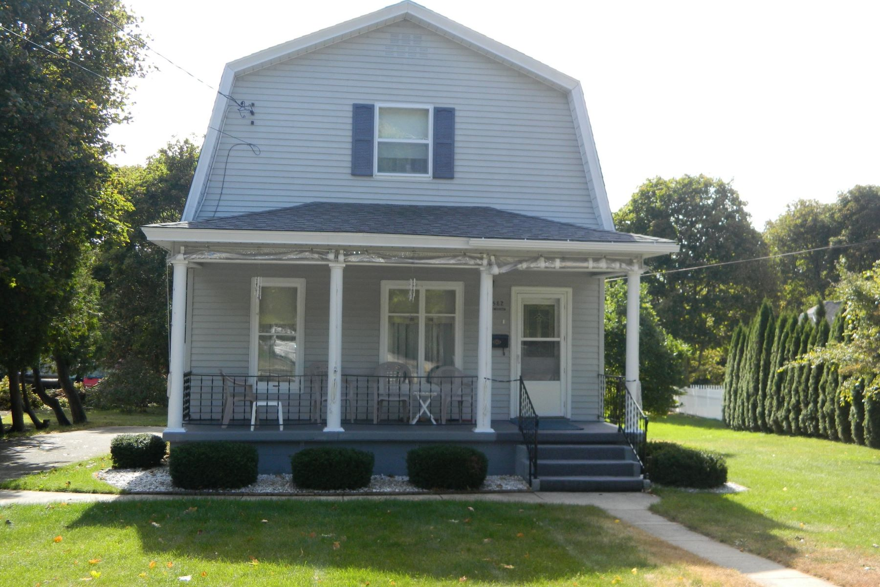 Single Family Home for Sale at 582 E. Main Street Harbor Springs, Michigan, 49740 United States