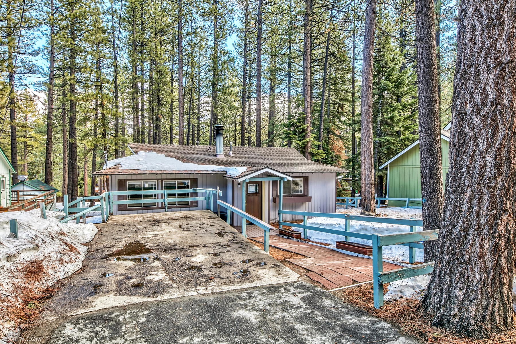 Single Family Home for Active at 817 Tata Lane, South Lake Tahoe, CA 96150 817 Tata Lane South Lake Tahoe, California 96150 United States