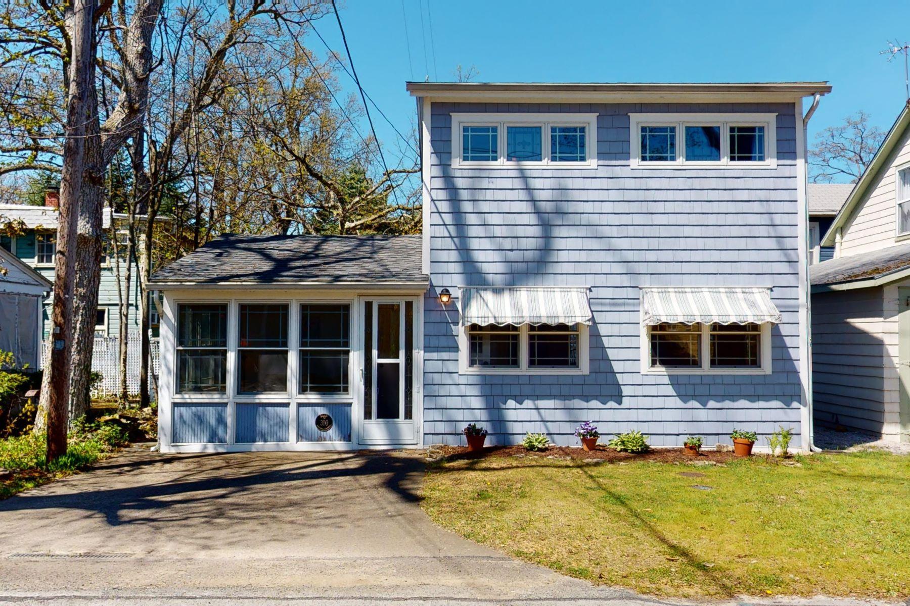 Single Family Homes 为 销售 在 310 W Fourth Street Lakeside, 俄亥俄州 43440 美国