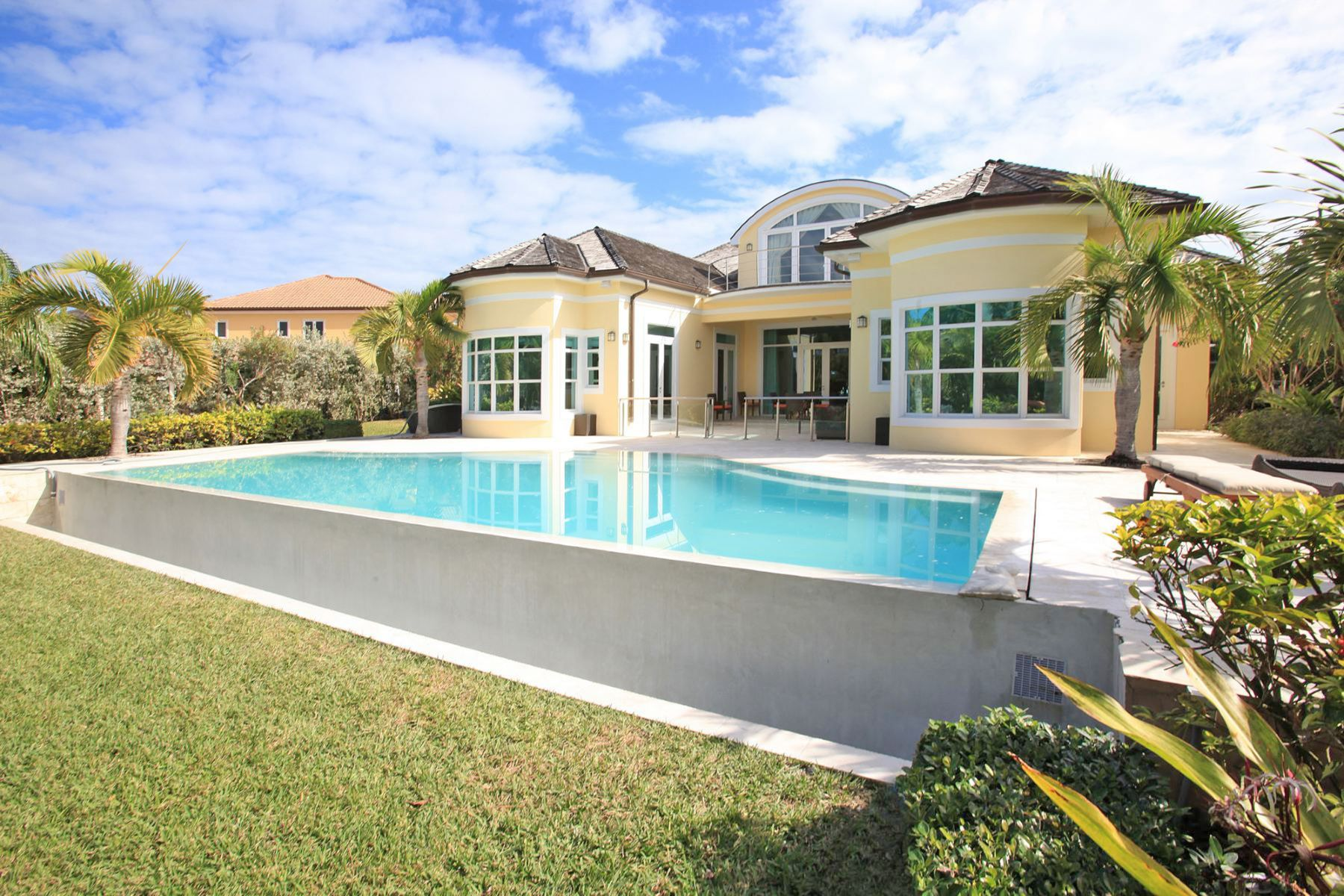 Additional photo for property listing at Ocean Club Estates #22 Ocean Club Estates, Paradise Island, New Providence/Nassau Bahamas