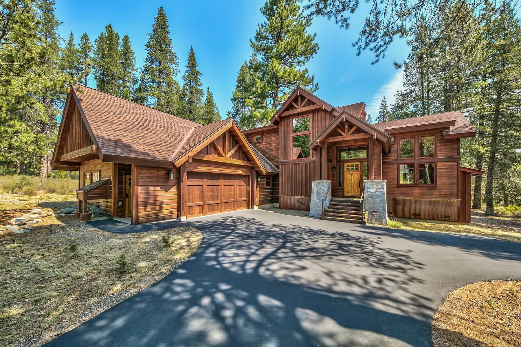 Single Family Home for Active at 11891 Bottcher Loop, Truckee, CA 96161 11891 Bottcher Loop Truckee, California 96161 United States