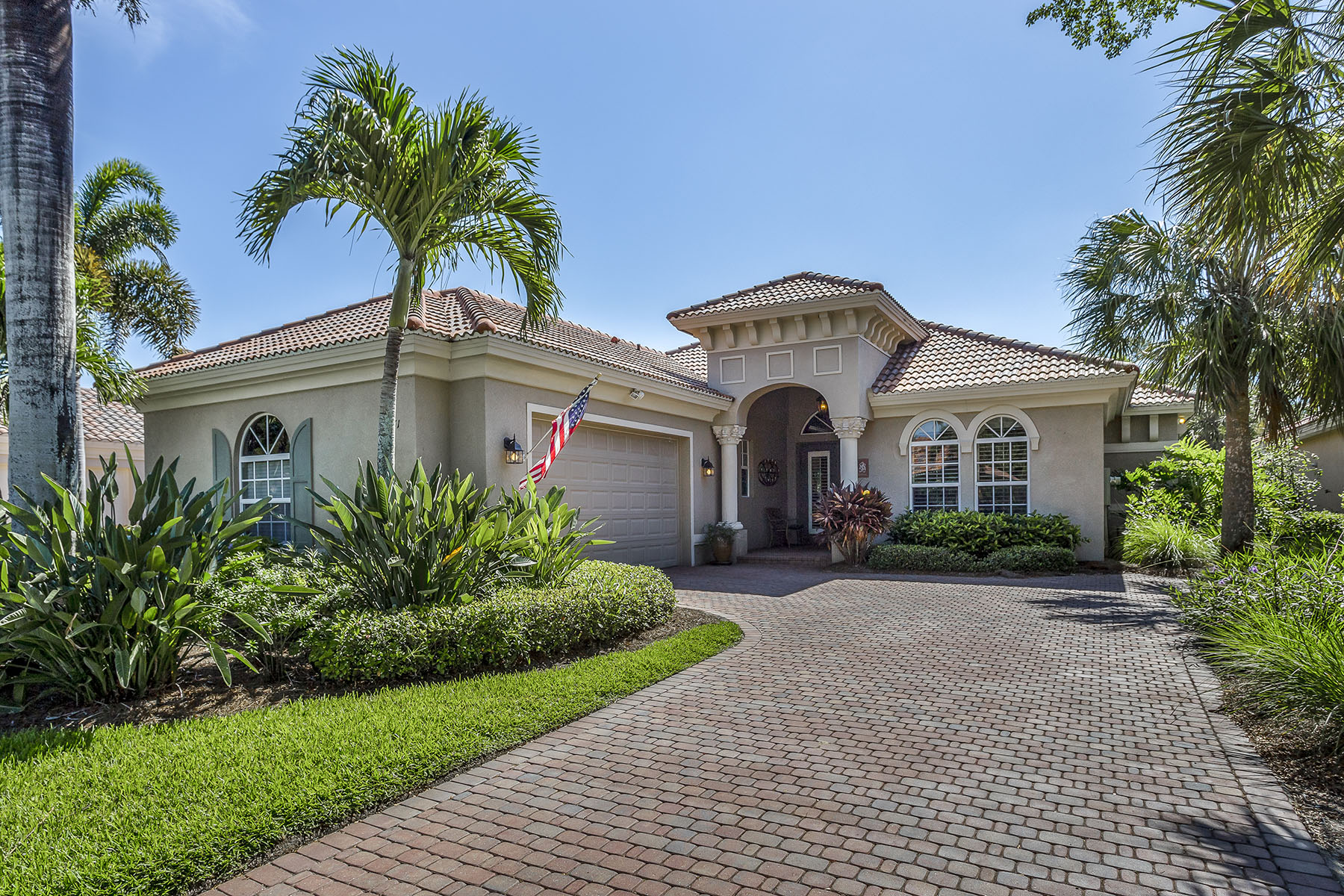 Single Family Homes for Sale at RENAISSANCE - VILLAGIO 12371 Villagio Way, Fort Myers, Florida 33912 United States