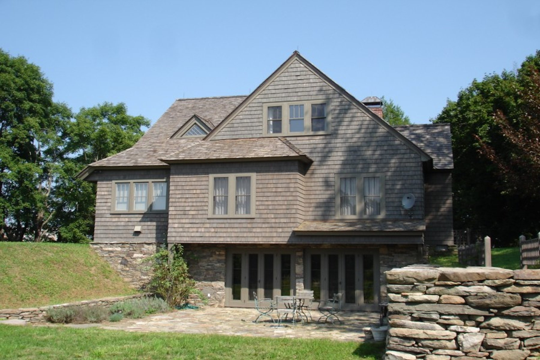 Additional photo for property listing at Millbrook Cottage 359 Fowler Road Millbrook, New York 12545 United States