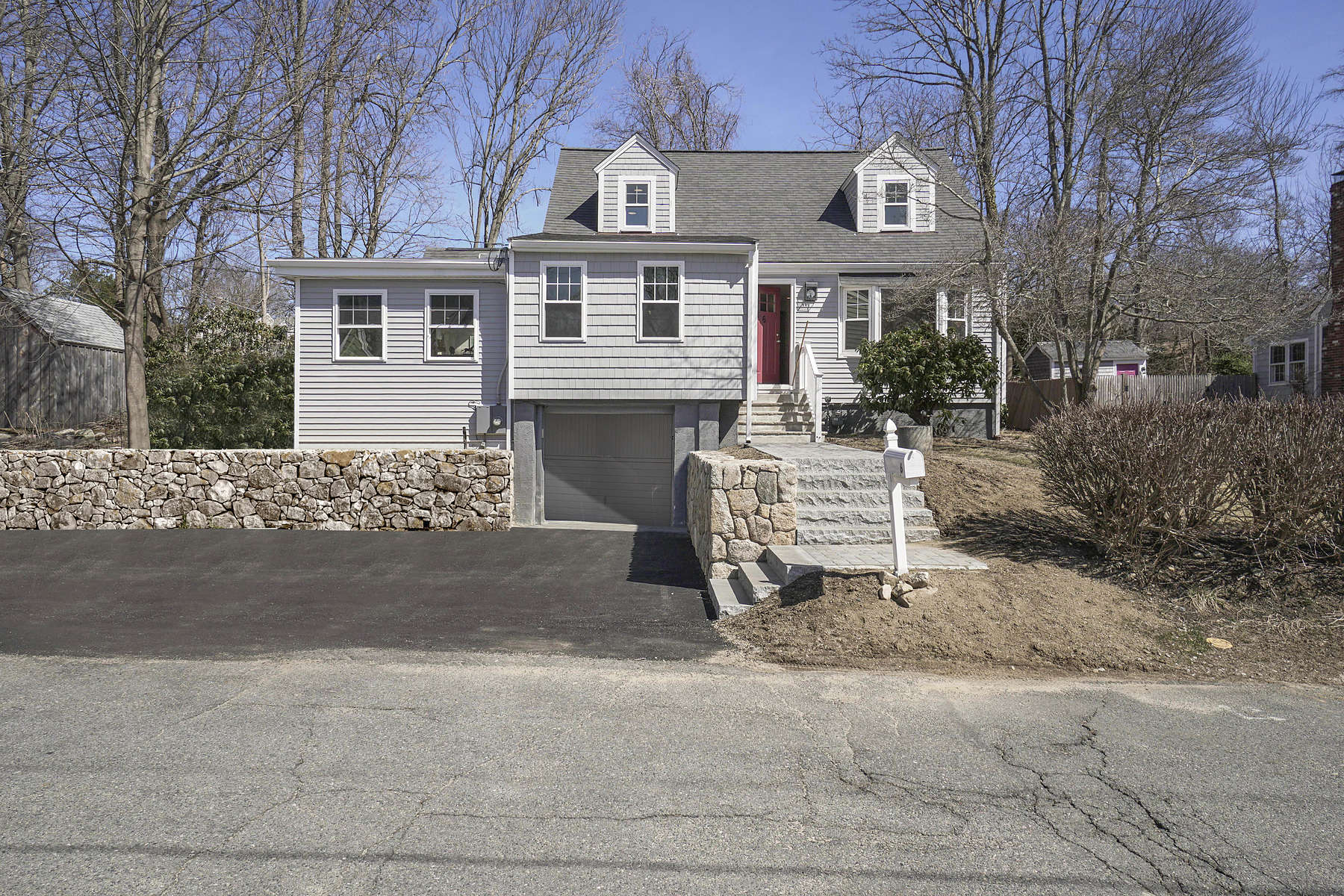 Single Family Home for Active at Cohasset Cape 6 Buttonwood Ln Cohasset, Massachusetts 02025 United States