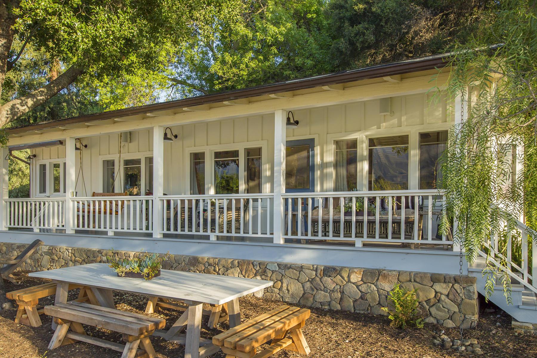 Single Family Homes para Venda às Ojai, Califórnia 93023 Estados Unidos