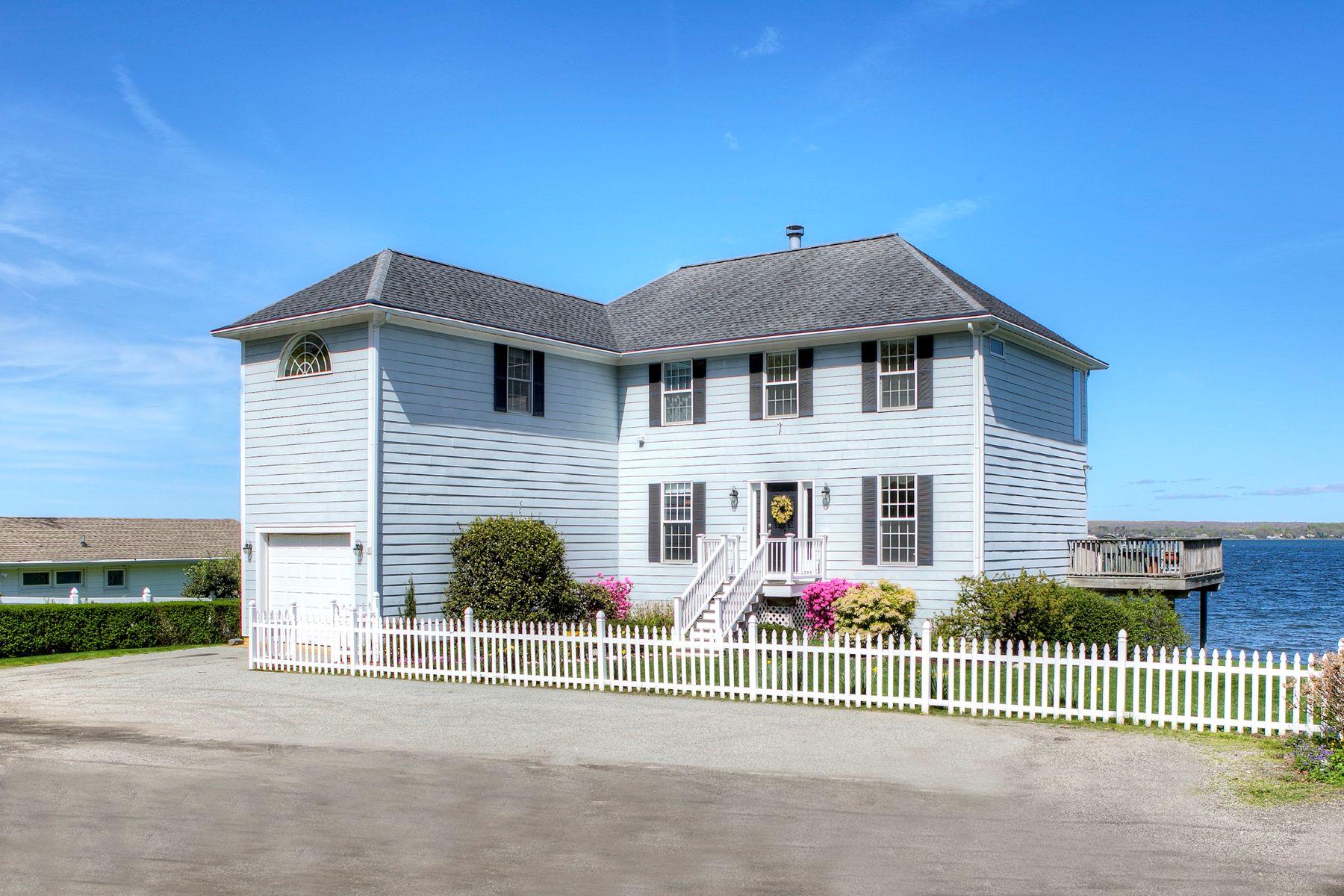 single family homes voor Verkoop op Sakonnet Waterfront 39 Bayside Avenue, Portsmouth, Rhode Island 02871 Verenigde Staten