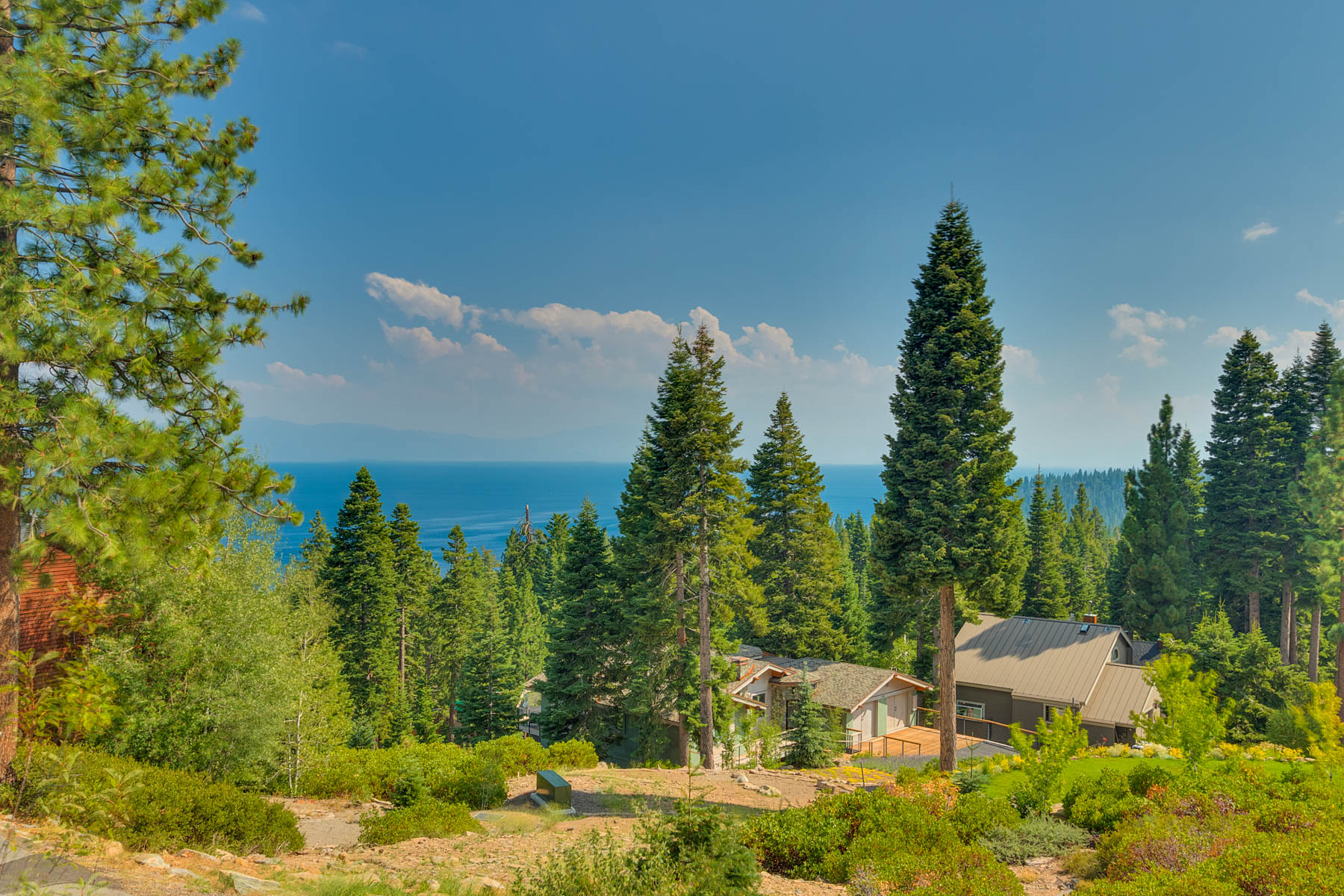 Additional photo for property listing at Stunning Lake View Home 775 Fulton Crescent Drive Carnelian Bay, California 96140 United States