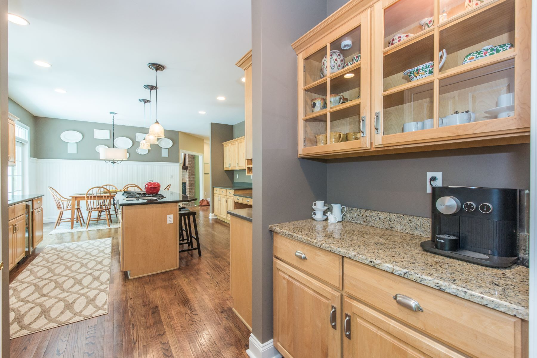 Additional photo for property listing at Gracious Colonial 10 Croydon Road, Morris Township, New Jersey 07960 États-Unis