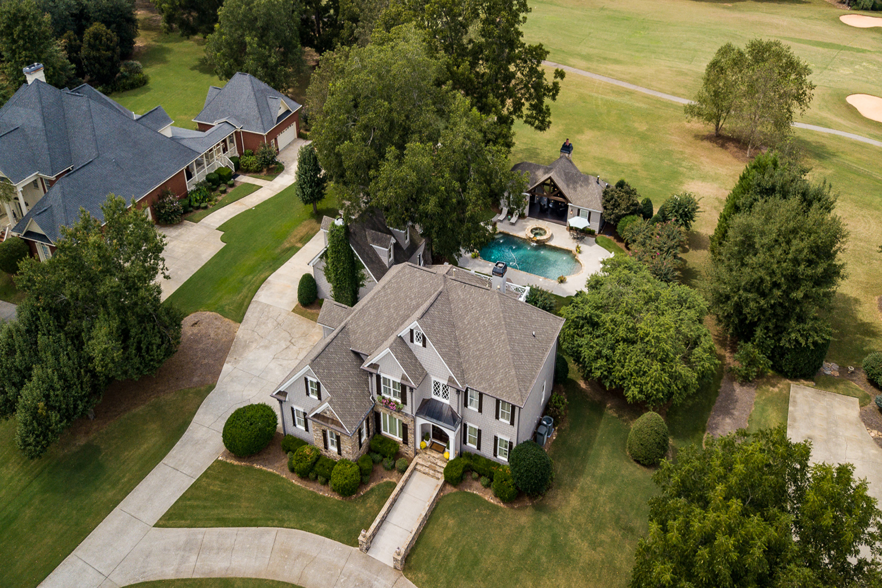 Single Family Home for Sale at Sprawling Custom Home With Gorgeous Pool, Spa, Pool House And Four Car Garage 150 Isleworth Way Fayetteville, Georgia 30215 United States