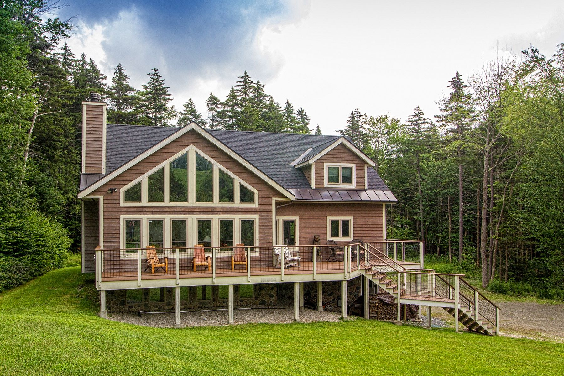 Single Family Home for Sale at 529 Coldbrook Road, Wilmington 529 Coldbrook Rd Wilmington, Vermont 05363 United States