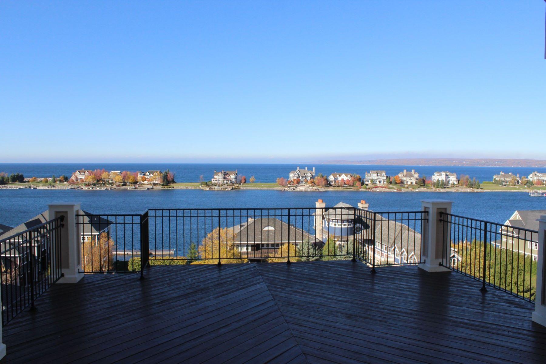 شقة بعمارة للـ Sale في Stunning Bay Harbor Condominium 4068 Harborview Ridge, Bay Harbor, Michigan, 49770 United States