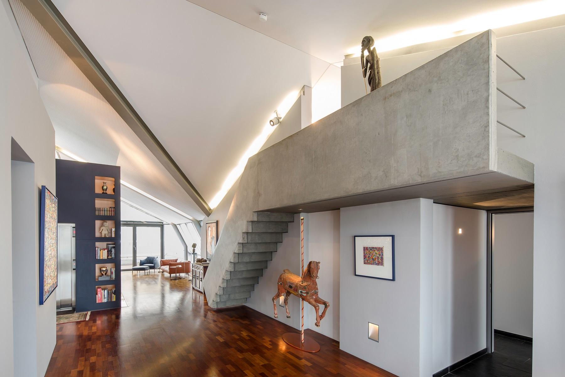 Apartamento por un Venta en New Dimension in Life - Spectacular Penthouse in Westend Frankfurt, Hessen, 60325 Alemania