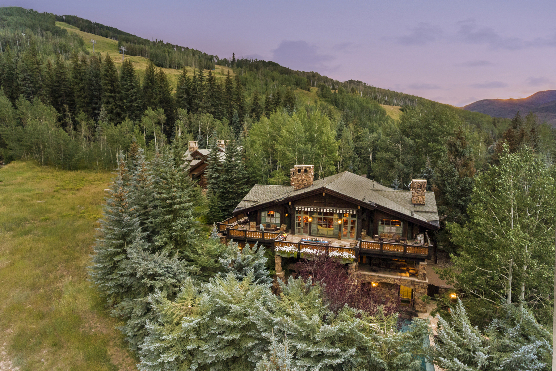 Single Family Homes のために 売買 アット Premier Ski-In / Ski-Out on Mill Creek Circle 375 Mill Creek Circle, Vail, コロラド 81657 アメリカ