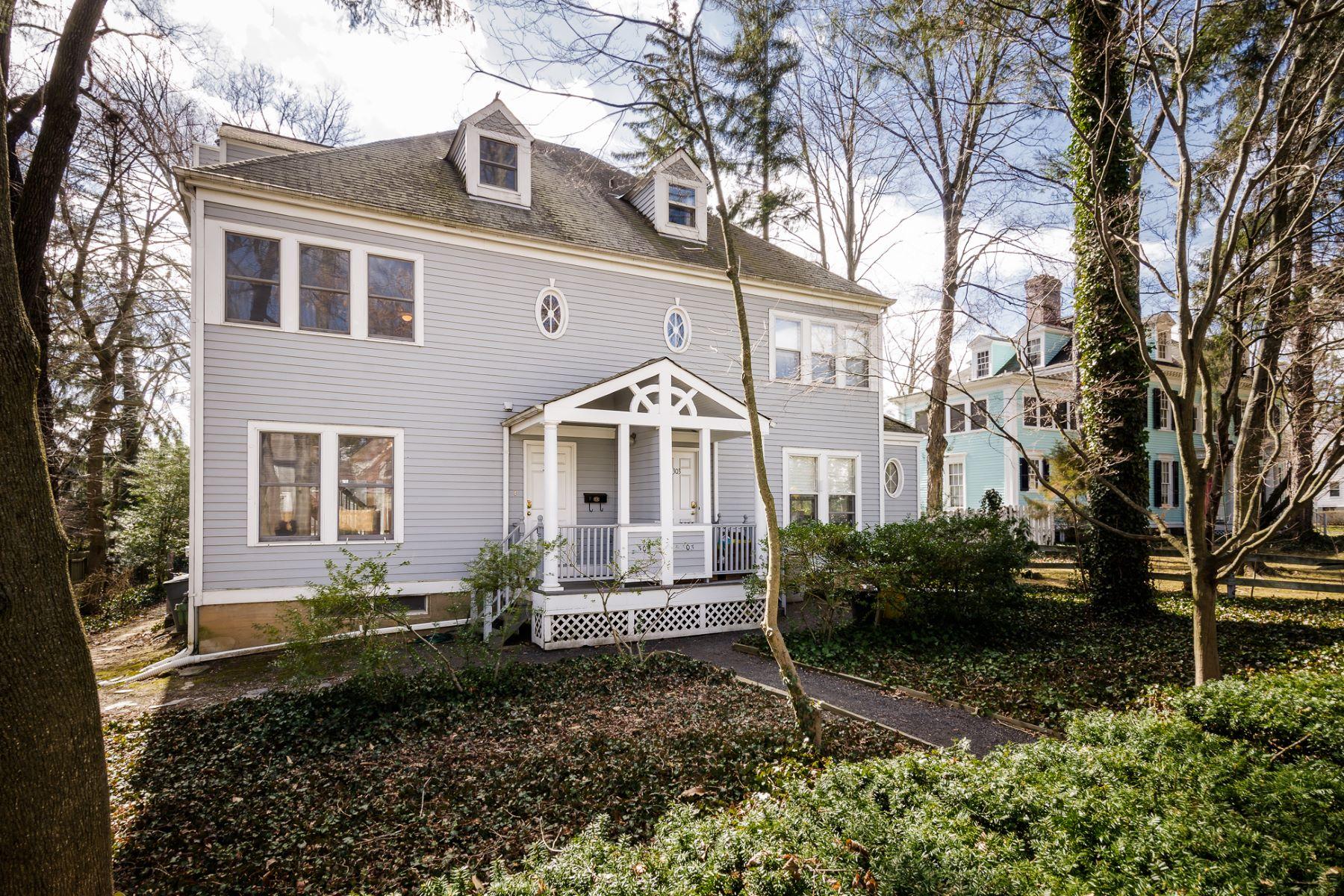 단독 가정 주택 용 매매 에 Sunny Townhome, Perfectly Poised on Nassau Street 305 Nassau Street Princeton, 뉴저지, 08540 미국