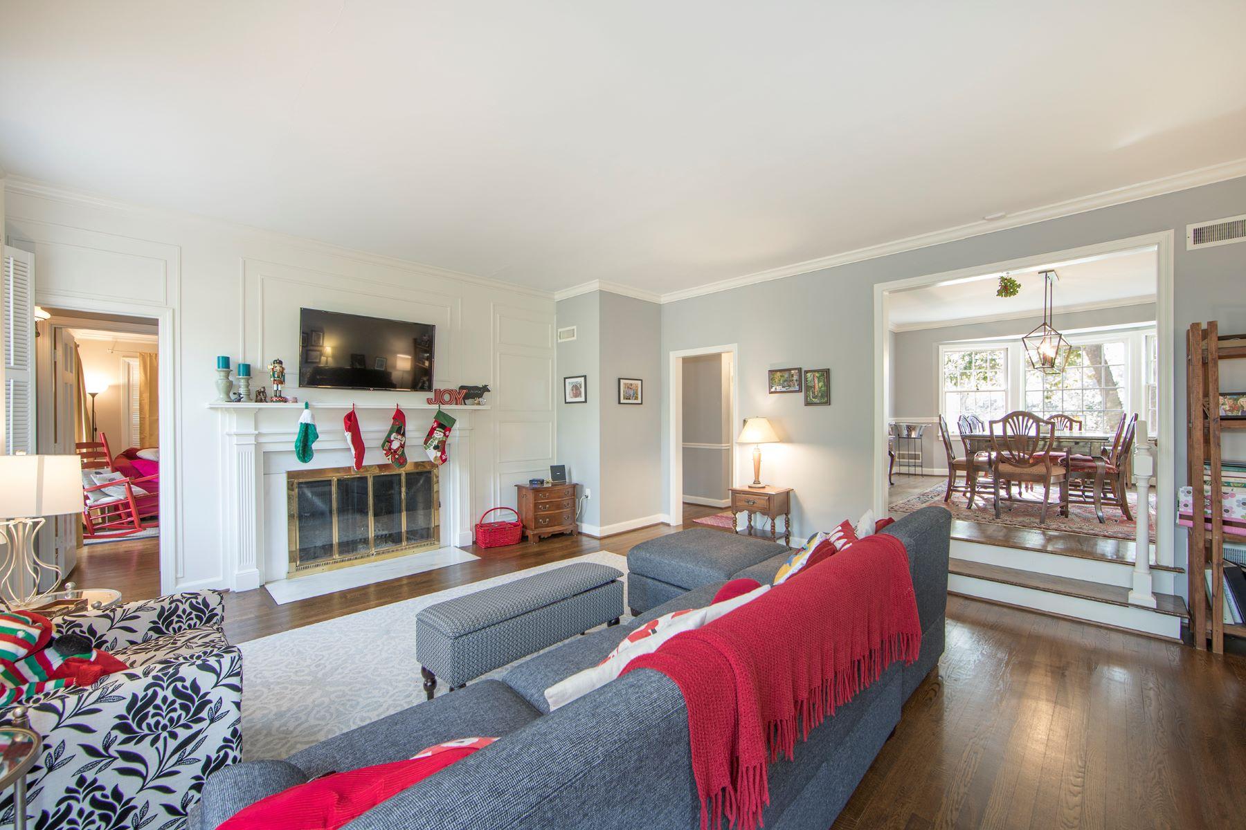 Additional photo for property listing at 107 Sylvan Way 107 Sylvan Way Greenville, South Carolina 29605 United States