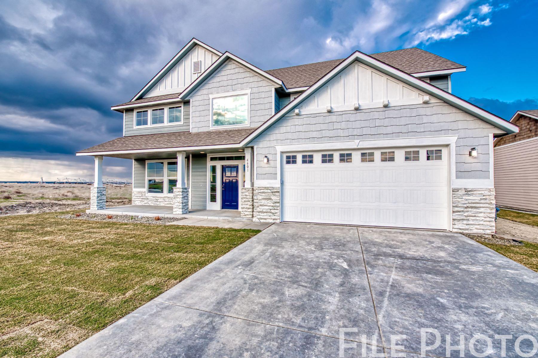 Single Family Homes for Sale at Viking Builders Retreat Floor Plan 1769 Sicily Lane Richland, Washington 99352 United States