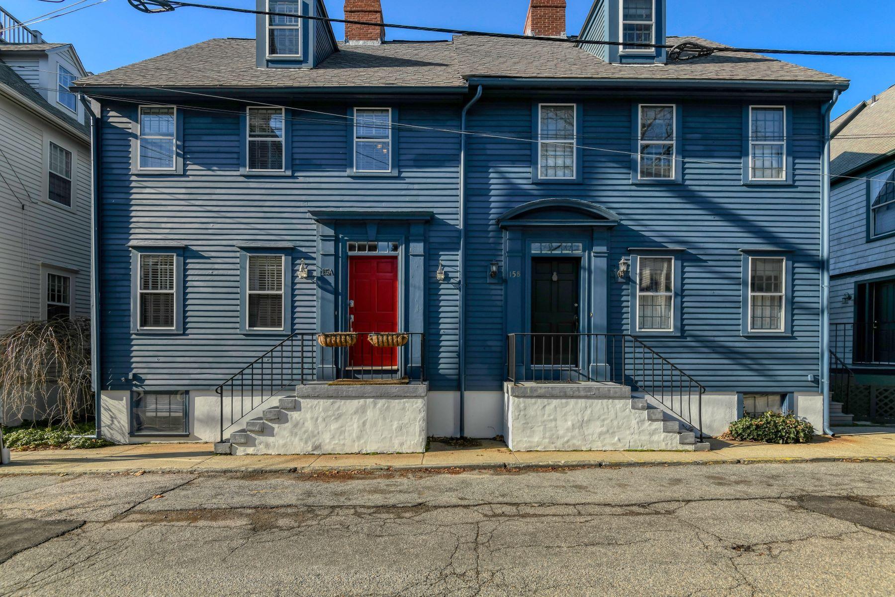 Condominiums 为 销售 在 Historic Hill Townhouse 15A Corne Street 纽波特, 罗得岛 02840 美国