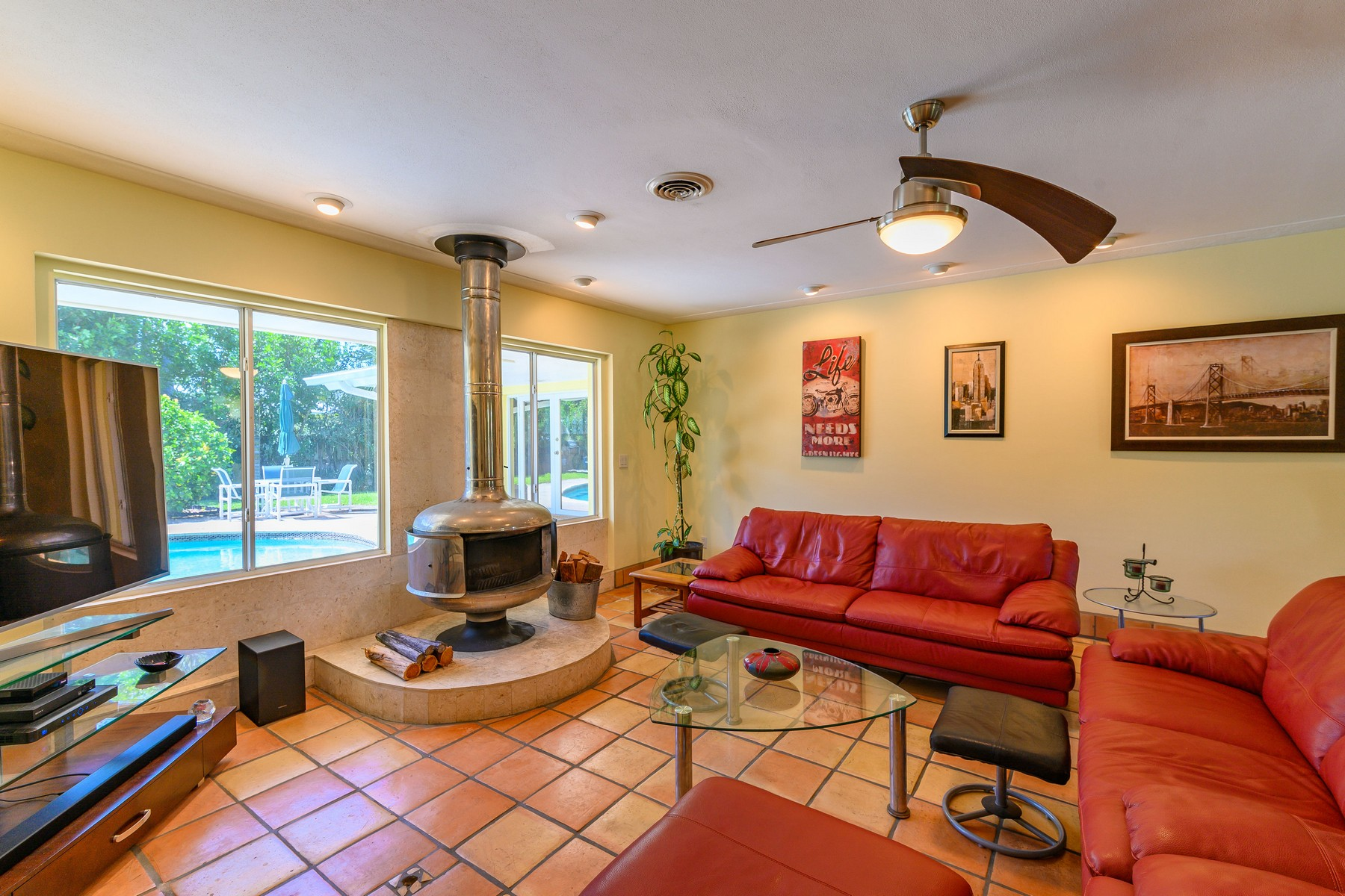 Additional photo for property listing at River Colony West 509 Harland Avenue Melbourne Beach, Florida 32951 United States
