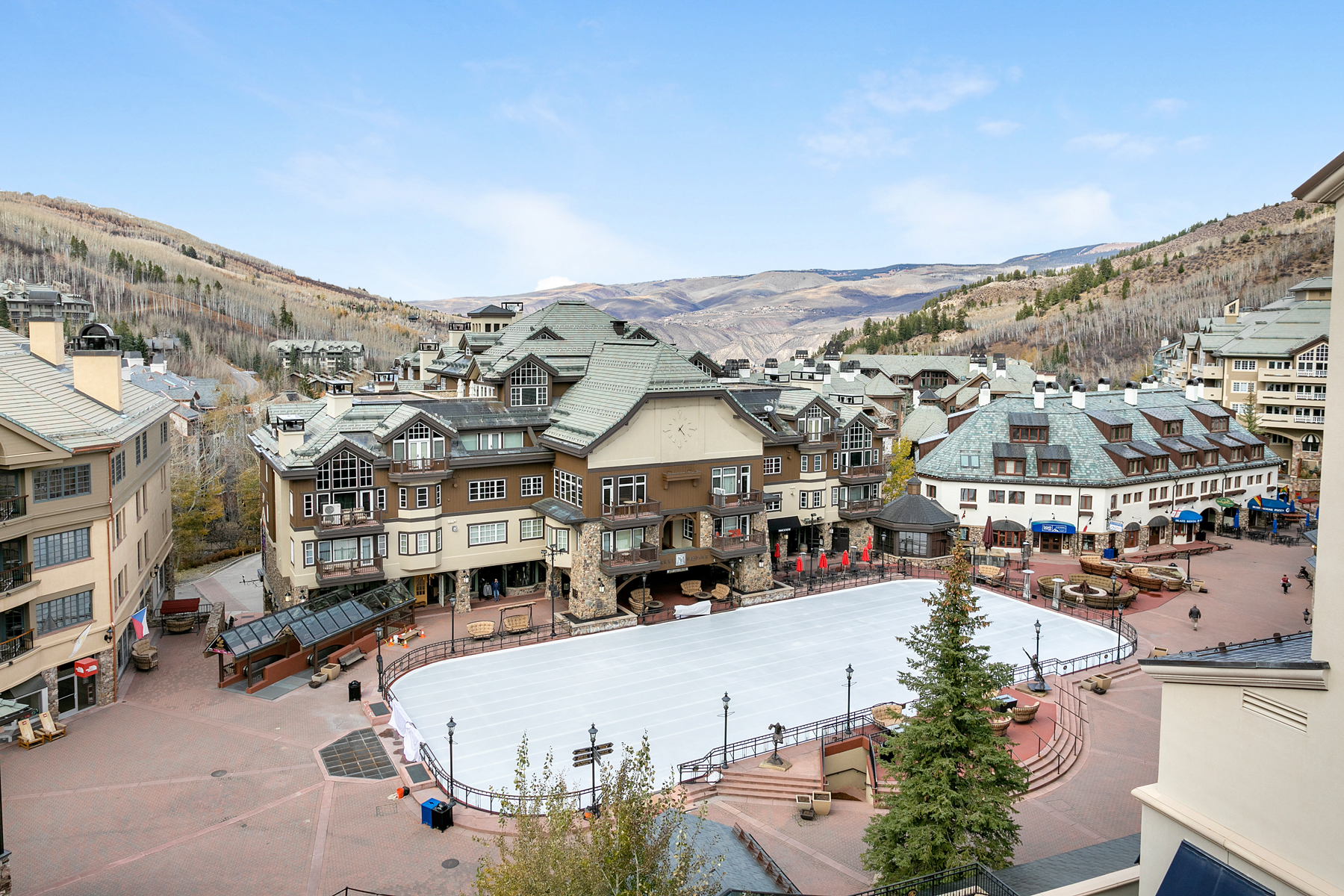 Additional photo for property listing at Village Hall #R6 45 West Thomas Place #R6 Beaver Creek, Colorado 81620 United States