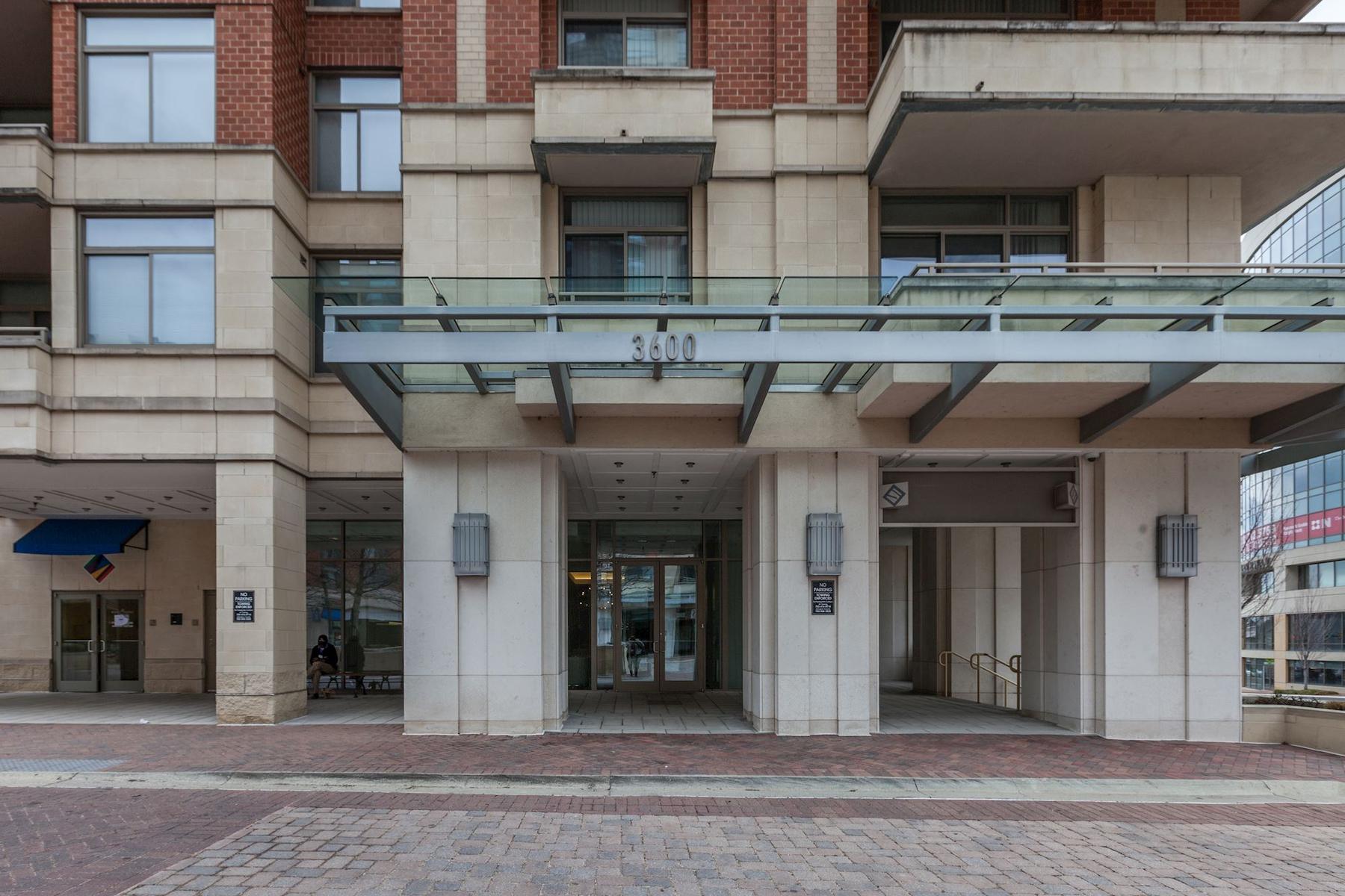 Condominium for Sale at The Eclipse on Center Park 3600 S Glebe Road S 222W Arlington, Virginia, 22202 United States