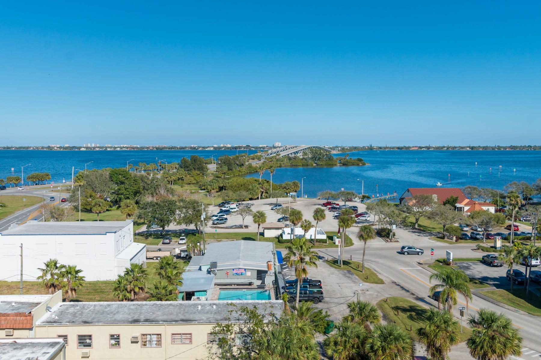 Additional photo for property listing at Harbor Edge Condiminium 1211 E. New Haven Avenue 803 Melbourne, Florida 32901 United States