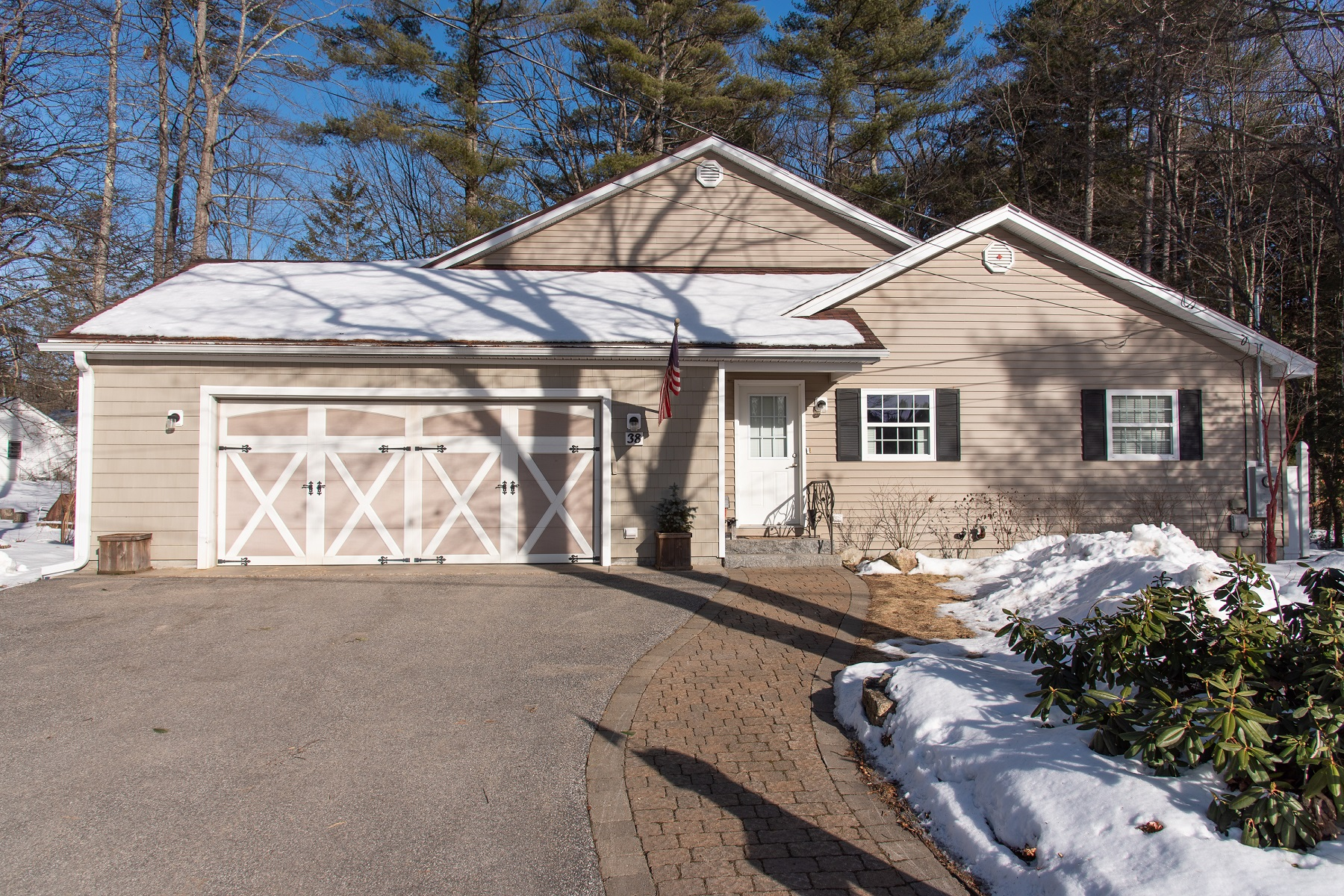 Single Family Homes for Sale at Ranch with Curb Appeal 38 Circle Drive Meredith, New Hampshire 03253 United States