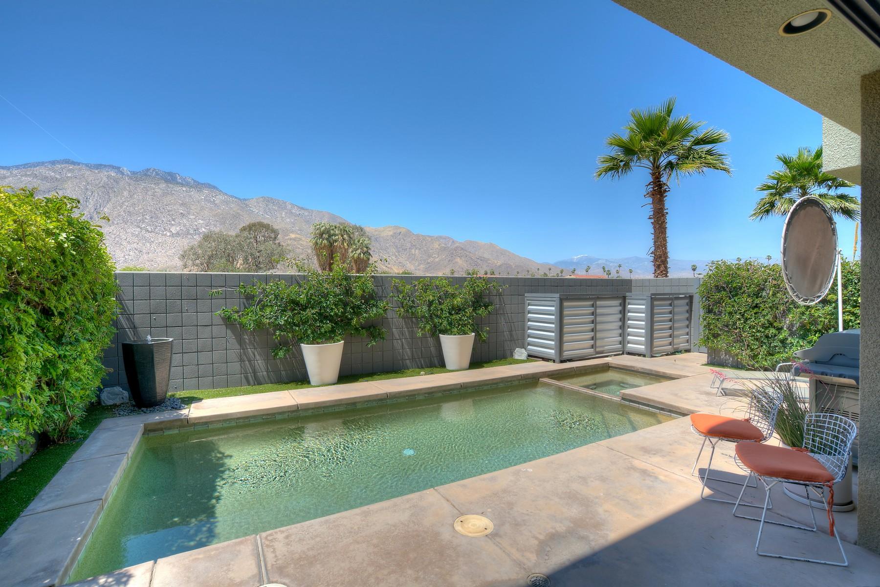 共管式独立产权公寓 为 销售 在 1458 E Baristo Road 1458 East Baristo Road 棕榈泉, 加利福尼亚州, 92262 美国