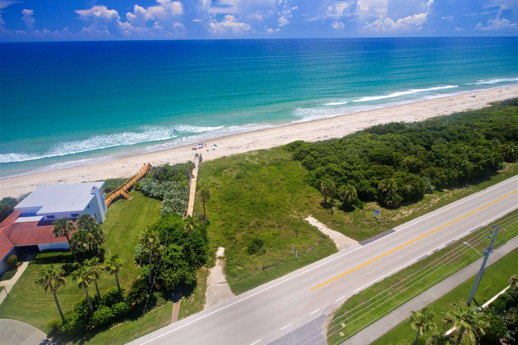 Additional photo for property listing at Great Oceanfront Lot in Premium Location 3315 Highway A1A Melbourne Beach, Florida 32951 United States