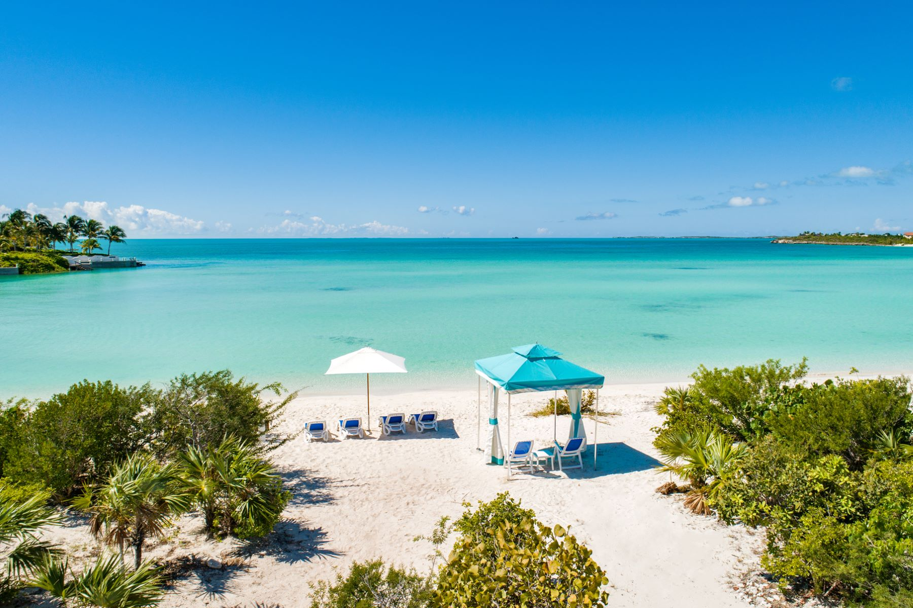 Additional photo for property listing at The Beach House The Beach House, Sunset Bay Drive Taylor Bay, Providenciales TCI Turks And Caicos Islands