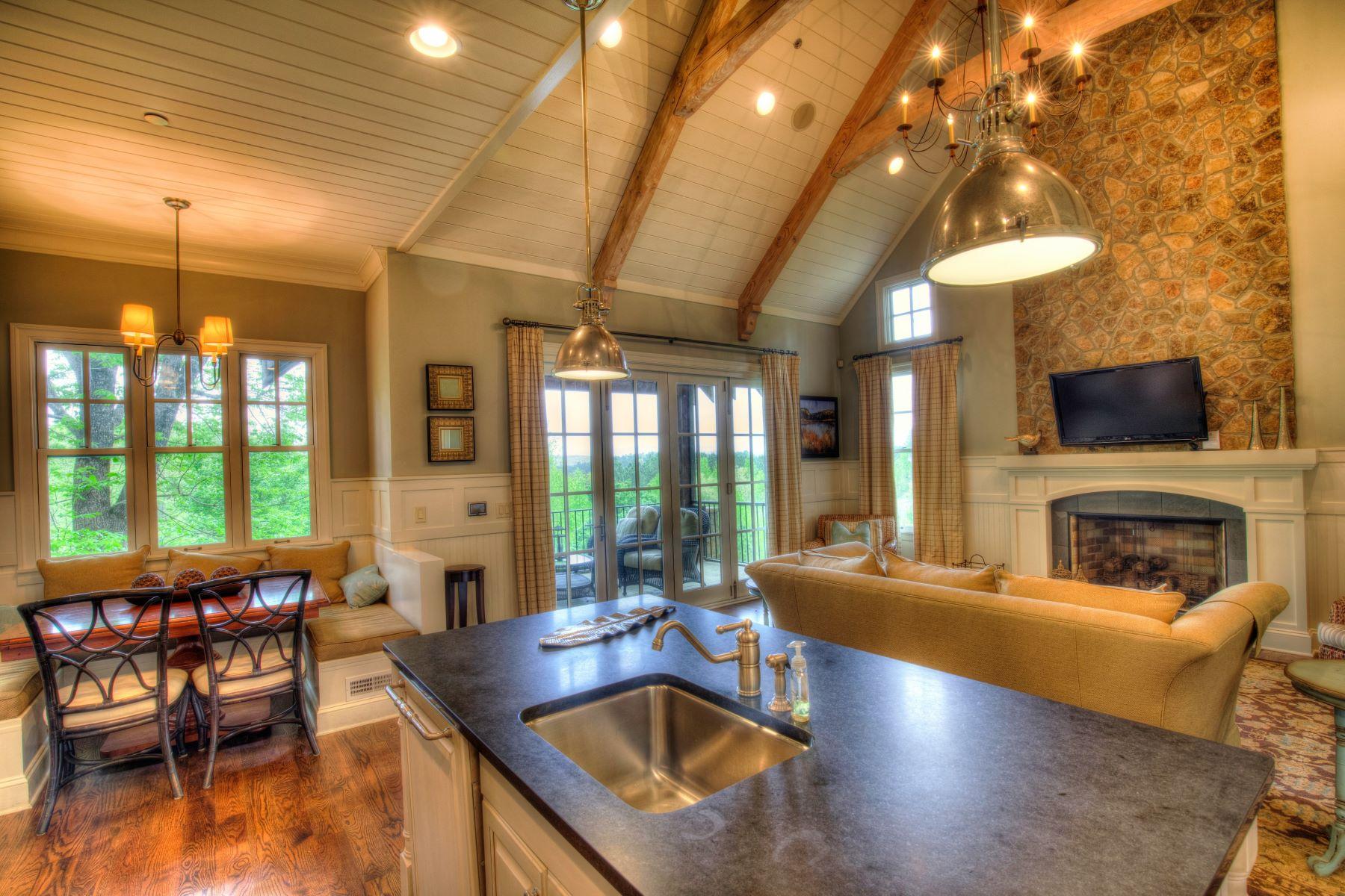 Additional photo for property listing at Personal Retreat! 111 Button Bush Trail, Six Mile, Caroline du Sud 29682 États-Unis