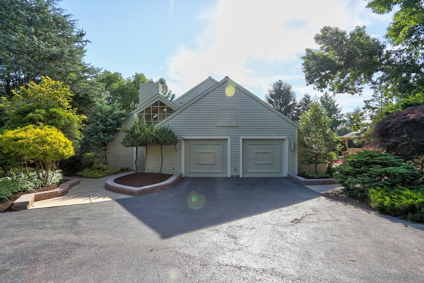 Additional photo for property listing at 1302 Beaconfield Lane 1302 Beaconfield Lane Lancaster, Pennsylvania 17601 Estados Unidos