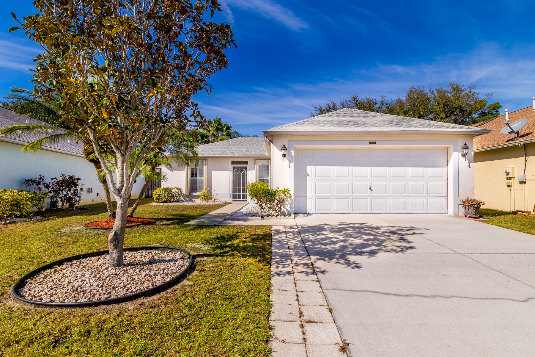 Property for Sale at Spacious & Updated Home in Viera. 1436 Crane Creek Boulevard Melbourne, Florida 32940 United States