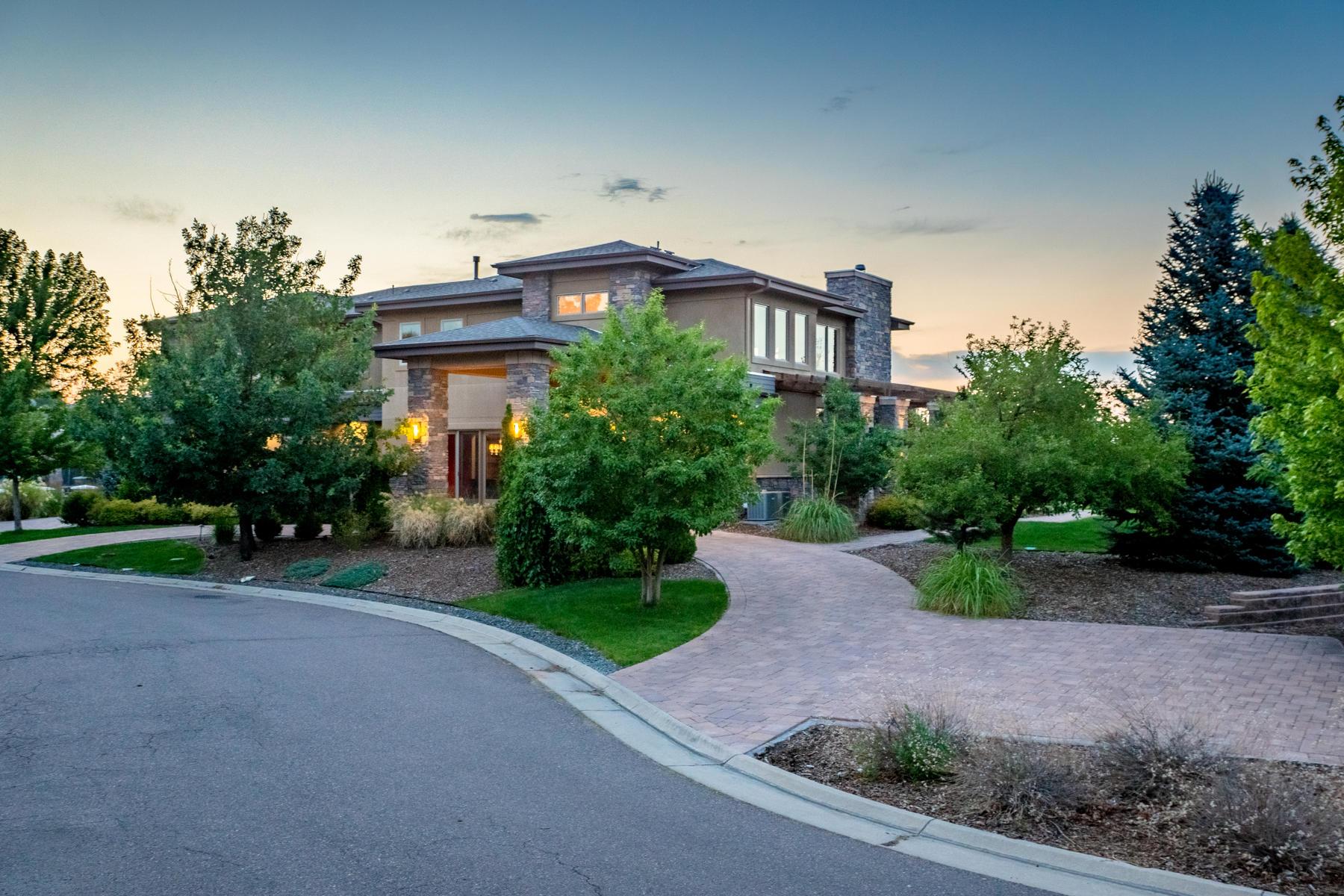Casa para uma família para Venda às 5215 West Dorado Court Littleton, Colorado, 80123 Estados Unidos