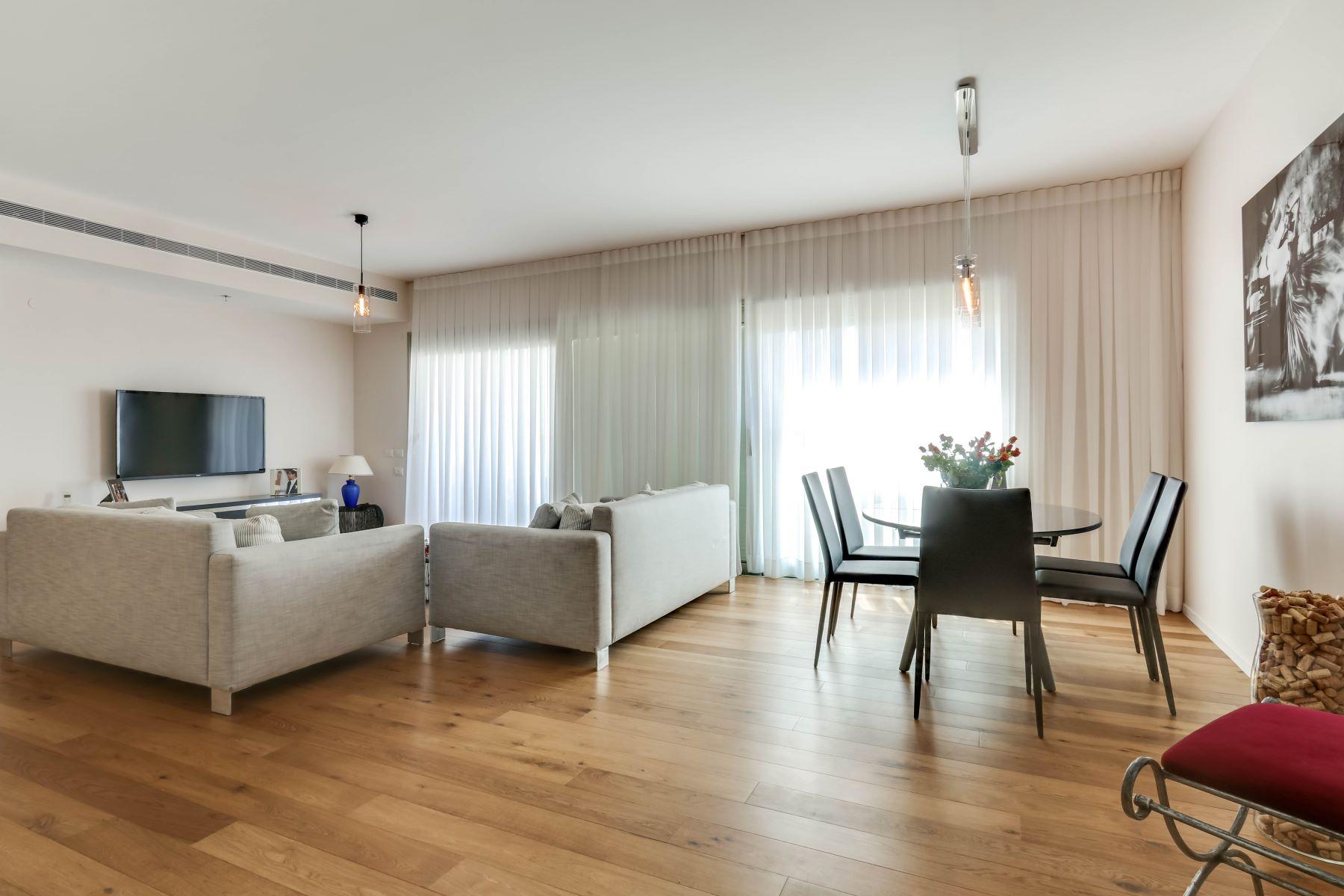 公寓 为 销售 在 Elegant Sea View Apartment in Savyoney Ramat Aviv 特拉维夫, 以色列 以色列
