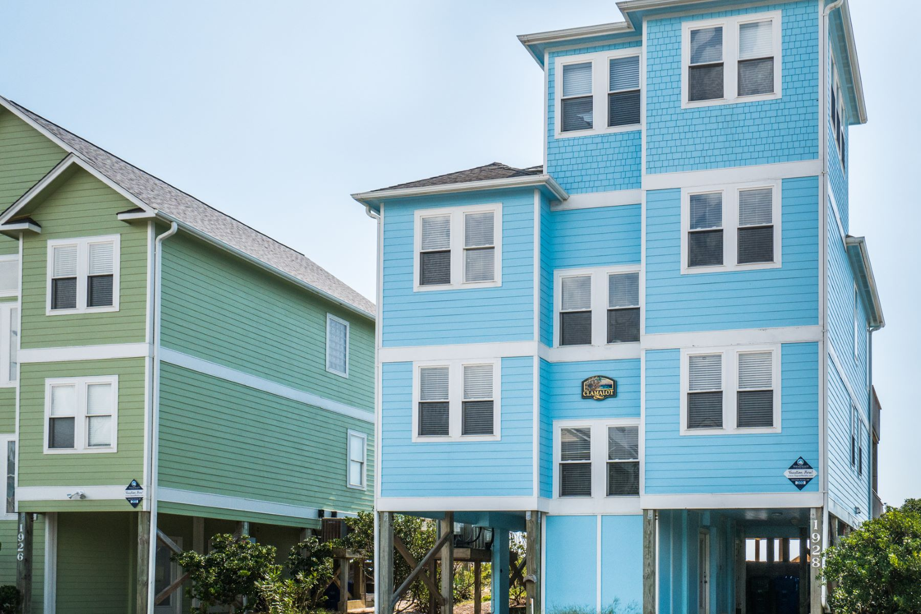 Single Family Homes for Sale at Ocean-Front Retreat 1928 S Shore Drive Surf City, North Carolina 28445 United States