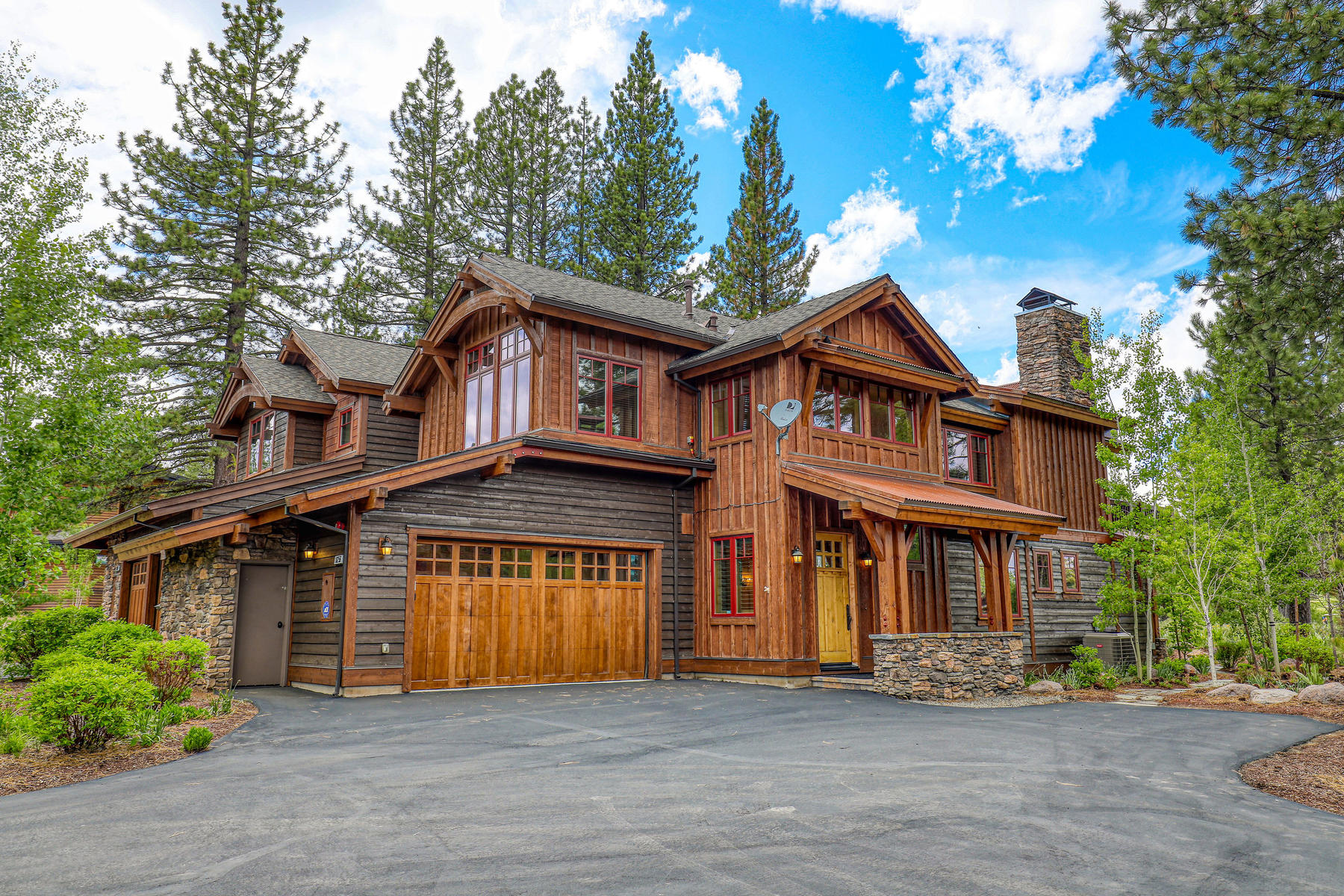 townhouses for Active at Upgraded at Schaffer's Mill 10256 Valmont Trail Truckee, California 96161 United States
