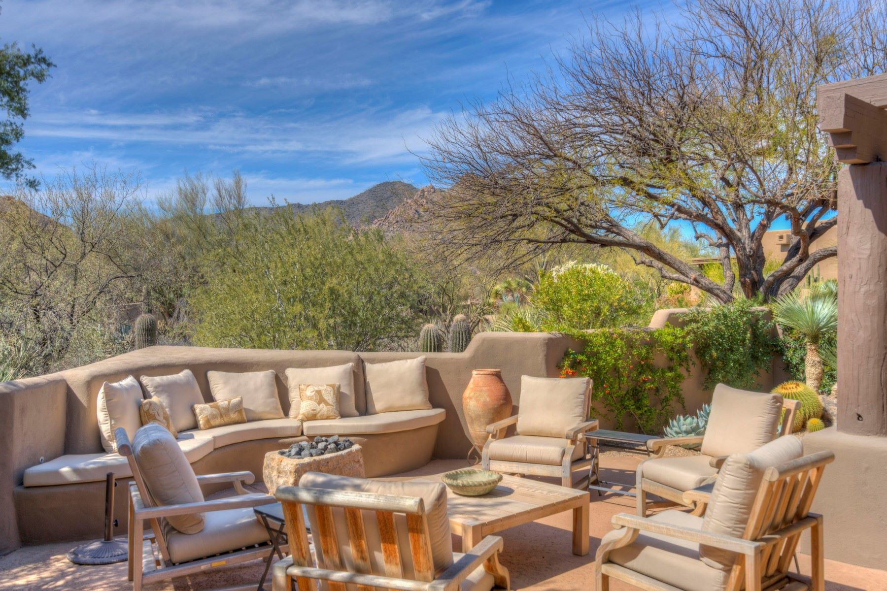 Single Family Home for Sale at Handsomely Updated Boulders Home 7511 E CLUB VILLA CIR, Scottsdale, Arizona, 85266 United States